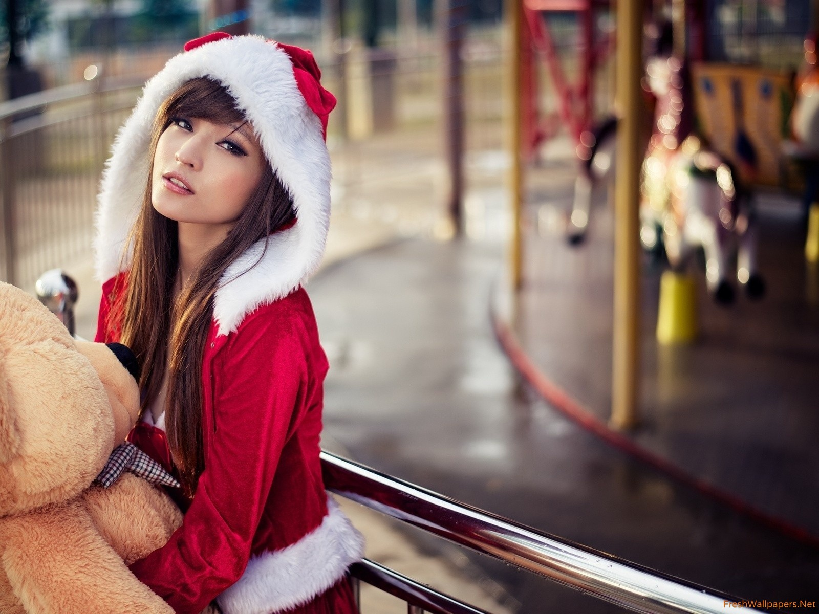 santa girl with teddy bear wallpapers | Freshwallpapers