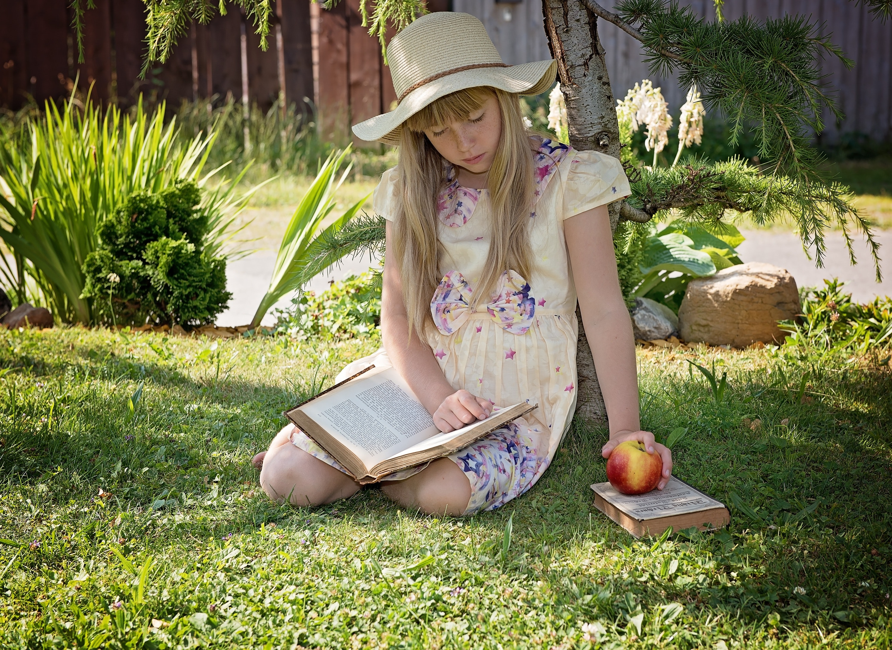 Girl Wearing White Purple and Pink Floral Short Sleeve Dress, Lawn, kid, hat, learning, HQ Photo