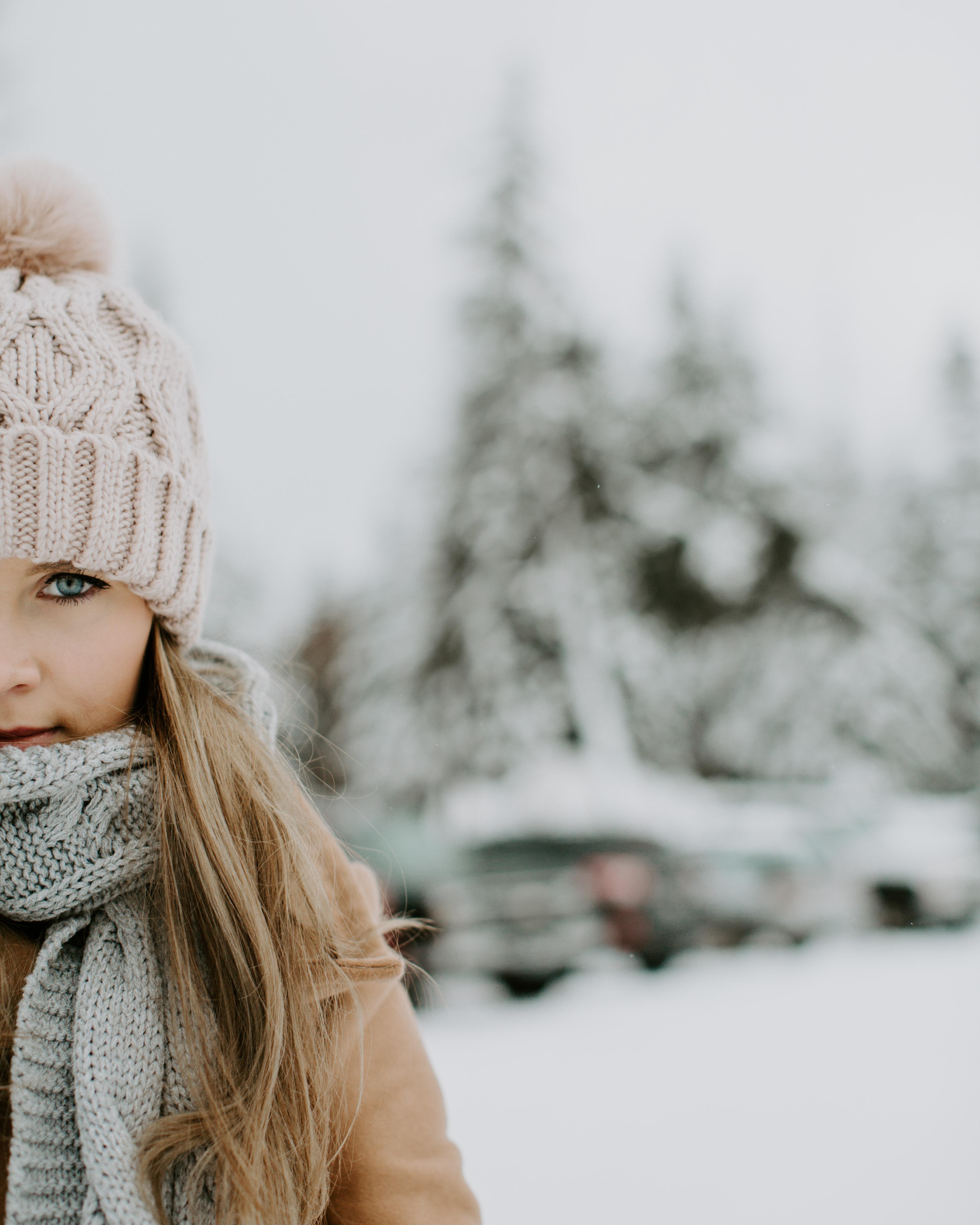 Girl Wearing Winter Outfit on Snowy Field, Blonde hair, Portrait, Wool, Woman, HQ Photo
