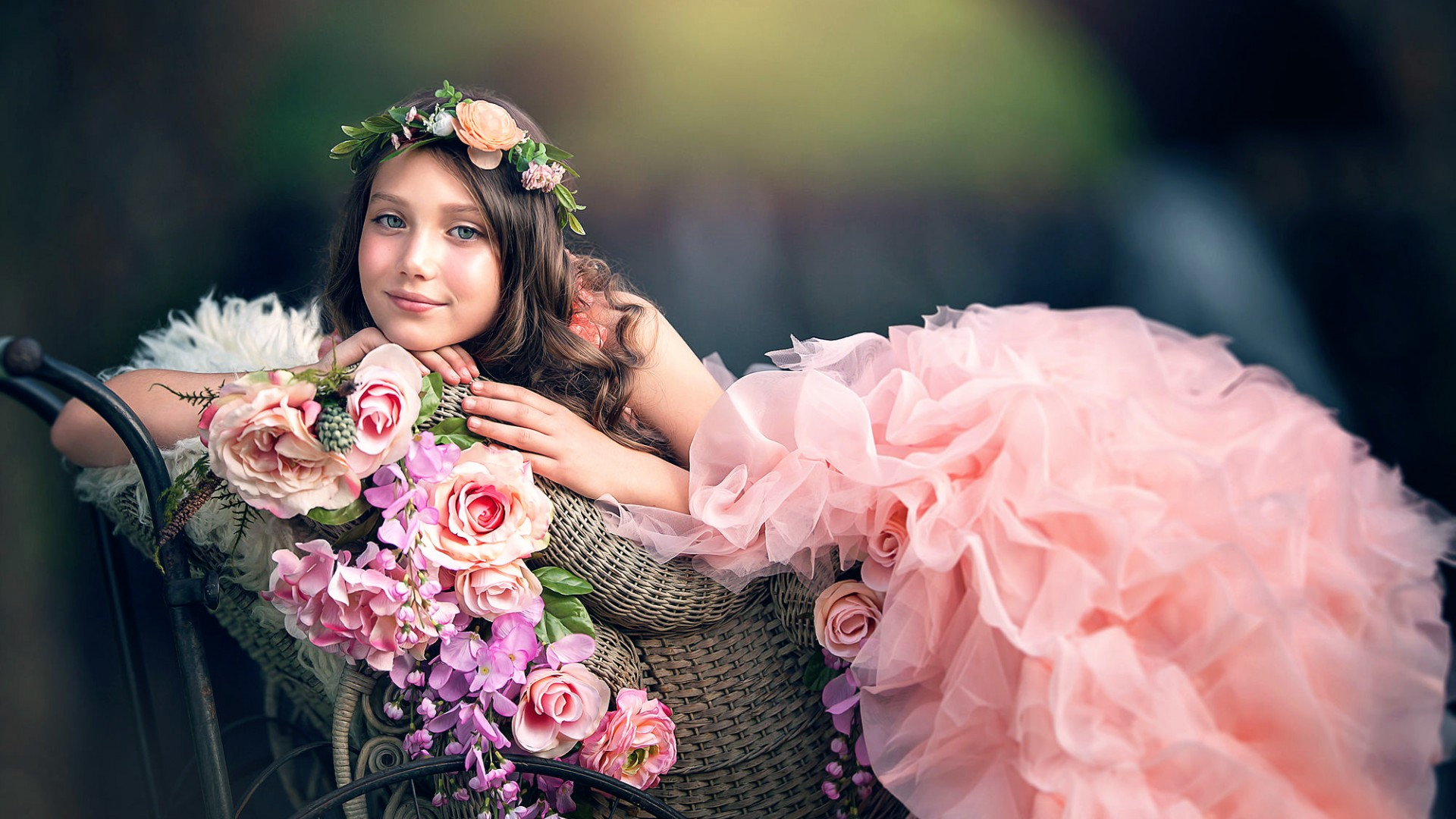 Free photo girl with flowers photoshoot model portrait free girl with flowers izmirmasajfo