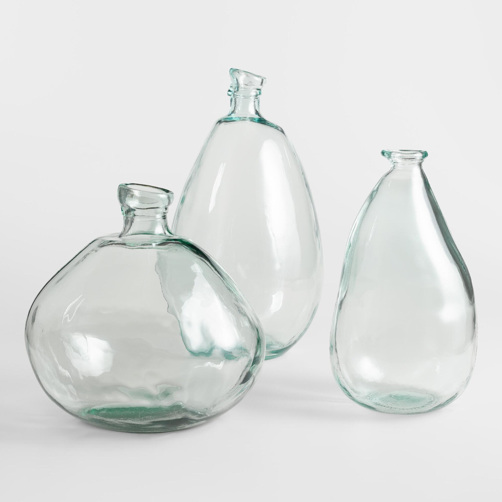 Glass vases photo
