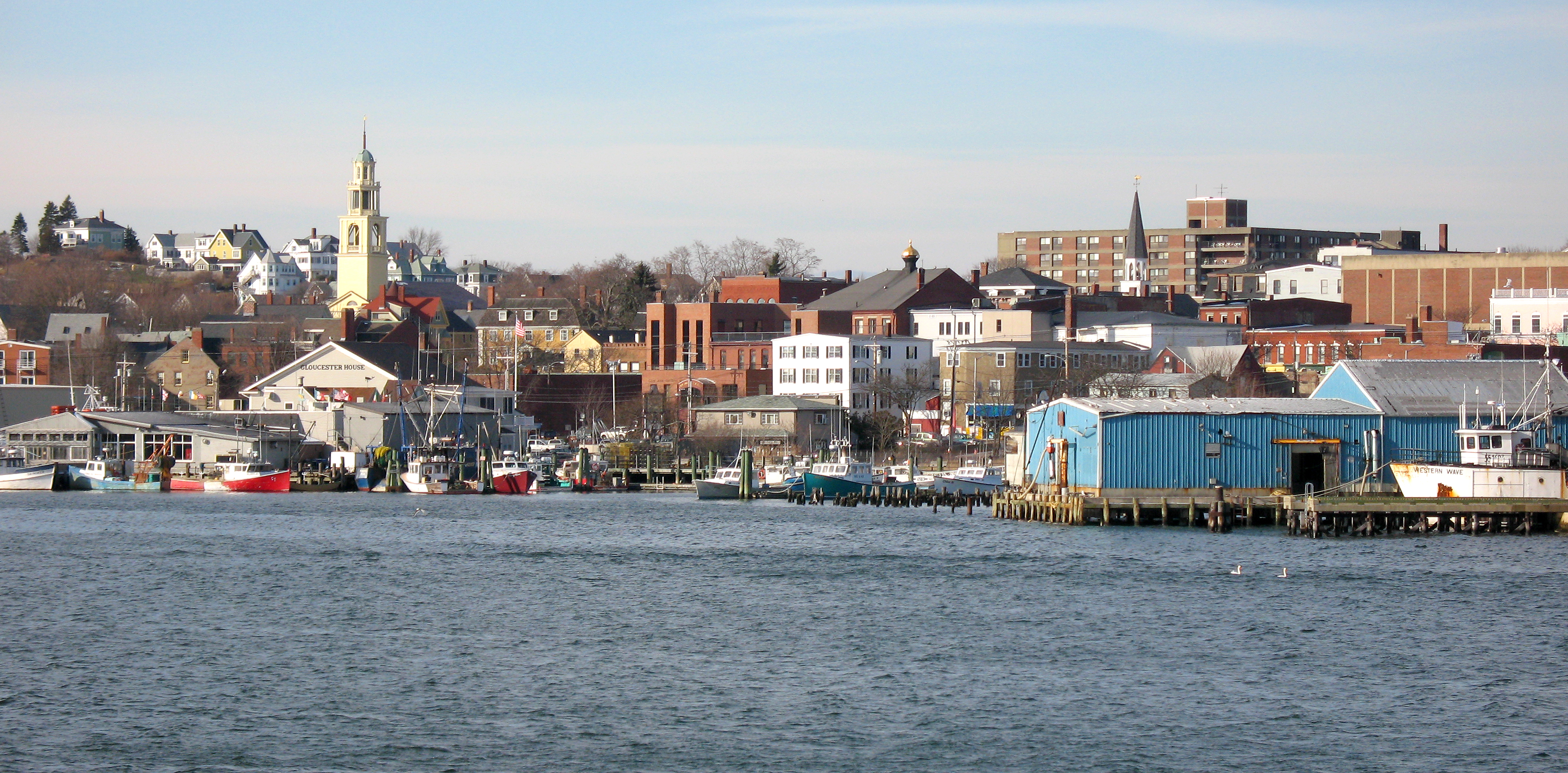 File:Gloucester MA - harbour.jpg - Wikimedia Commons