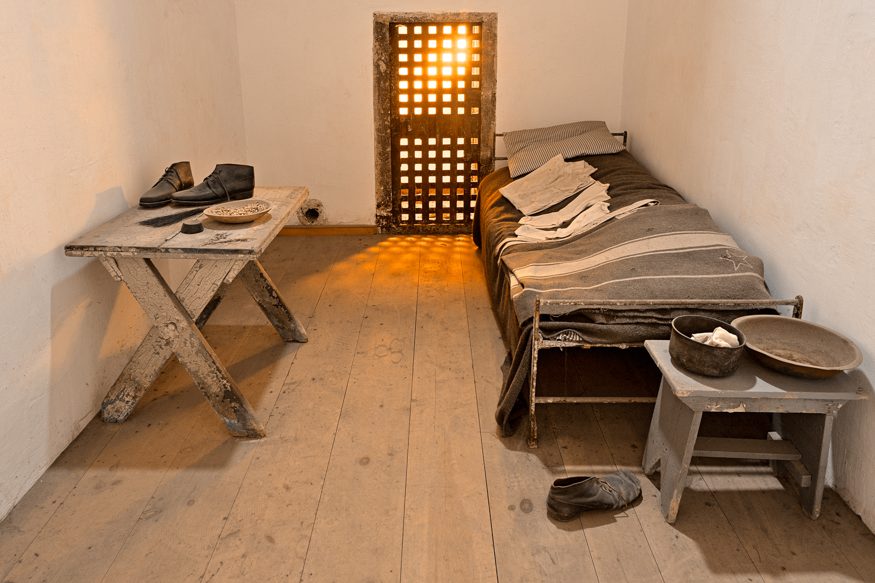 Glowing prison cell - hdr photo