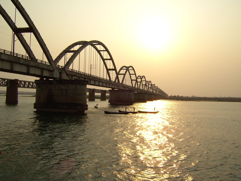 Godavari Arch Bridge - Wikiwand