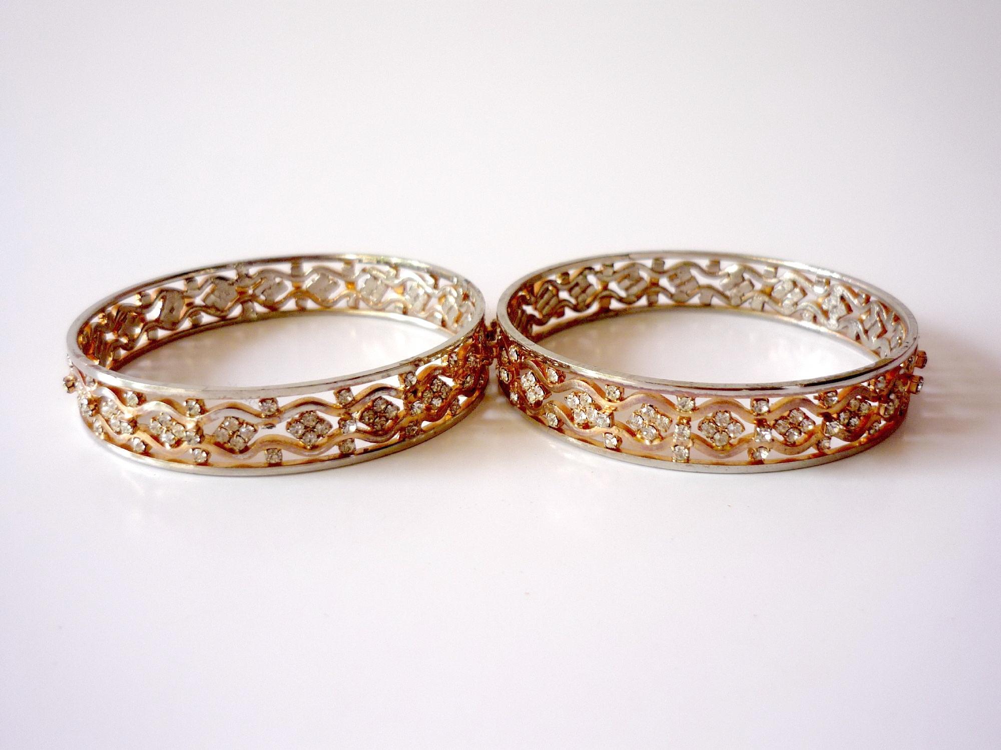 Gold bangles photo