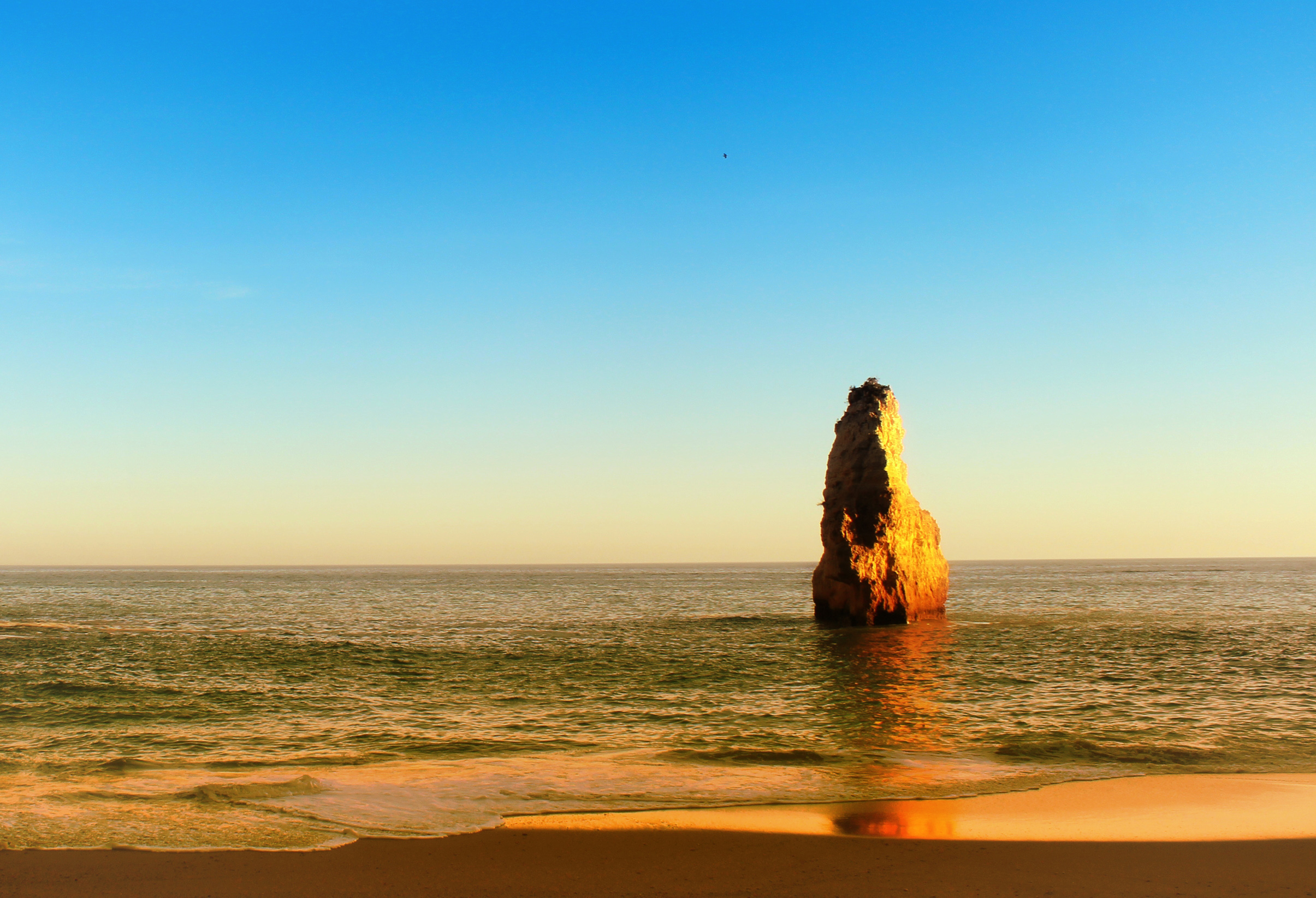 Golden Sea Stack - Beach in the Algarve - Portugal, Algarve, Sand, Vacation, Travel, HQ Photo