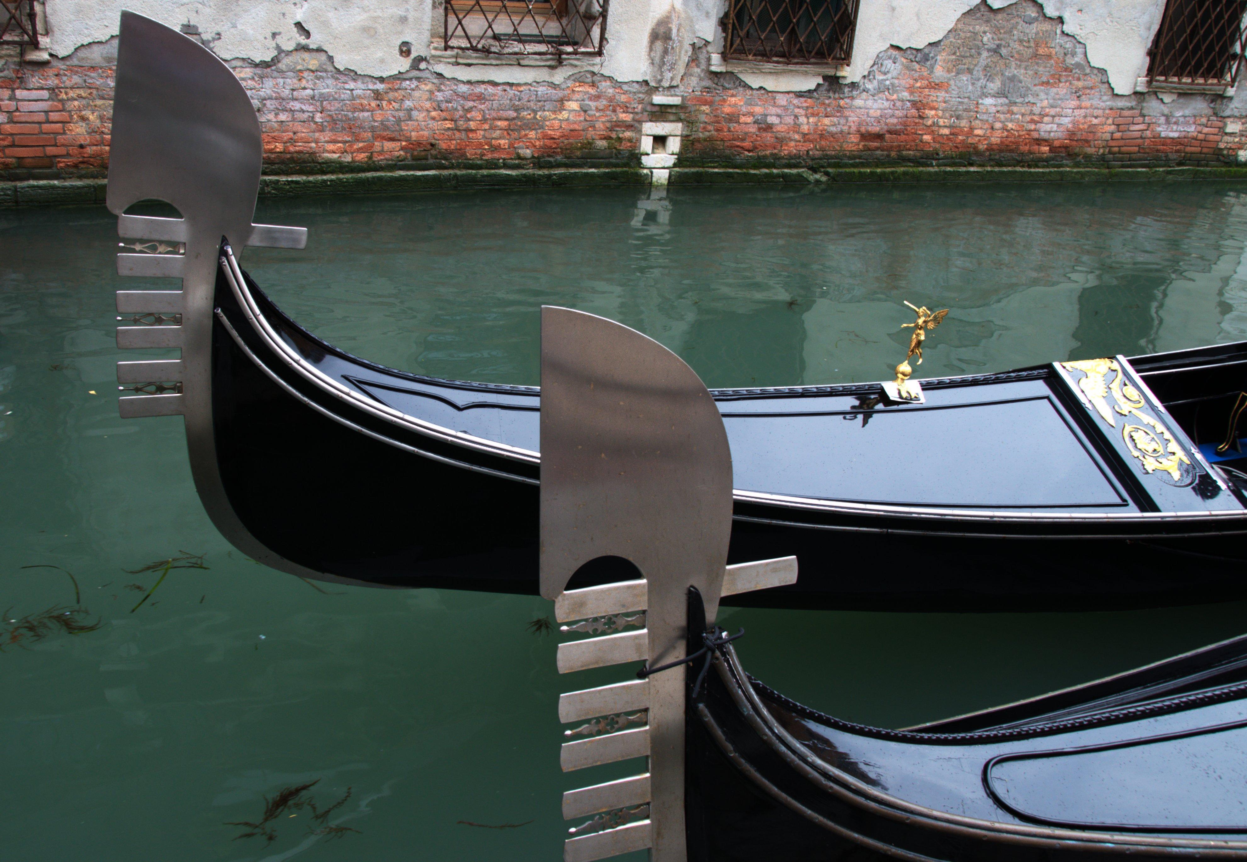"Gondola of Venice Italy - Creative Commons by gnuckx, Boat, ""No, Wiki, Venice, HQ Photo"