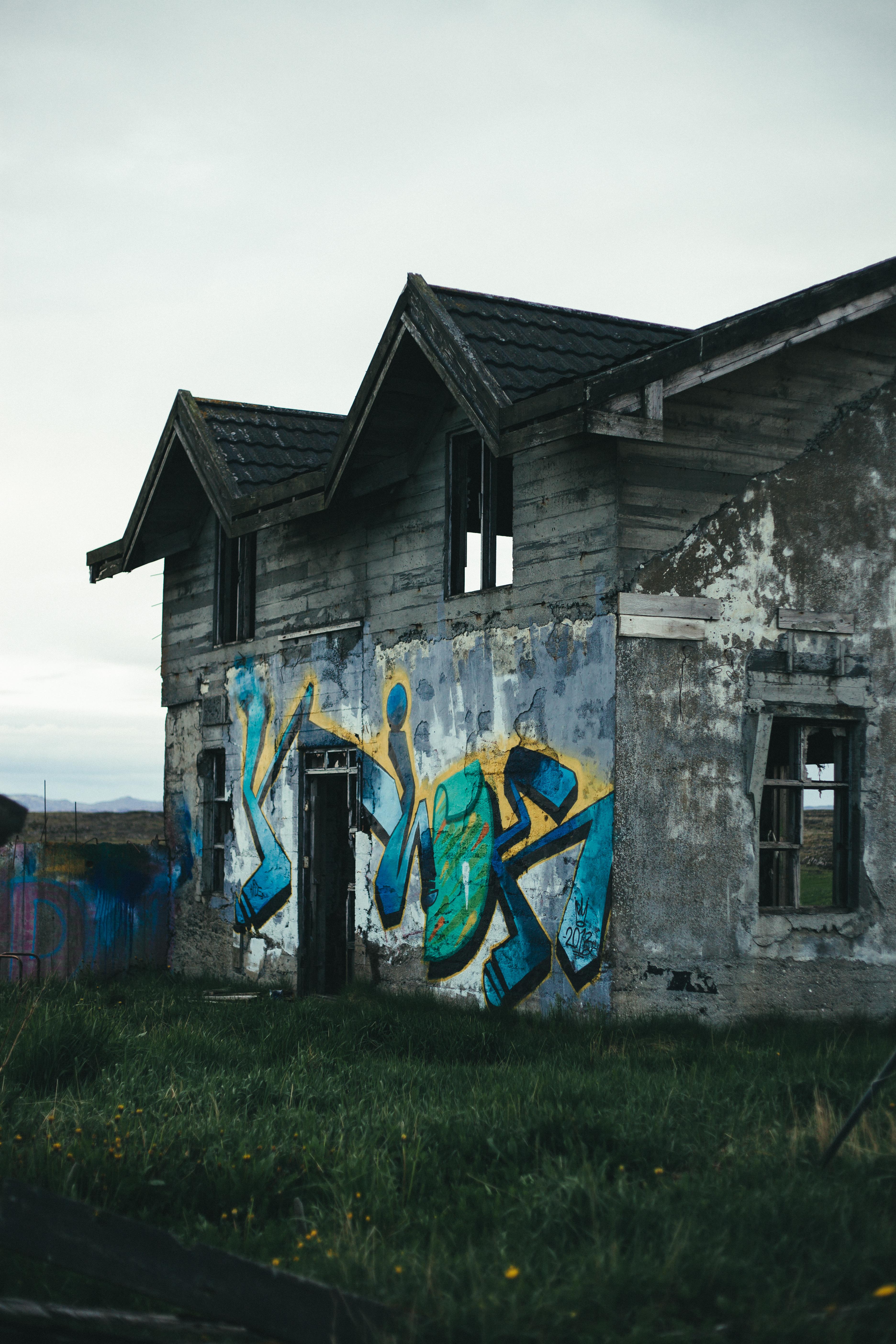 Graffiti on abandoned house photo