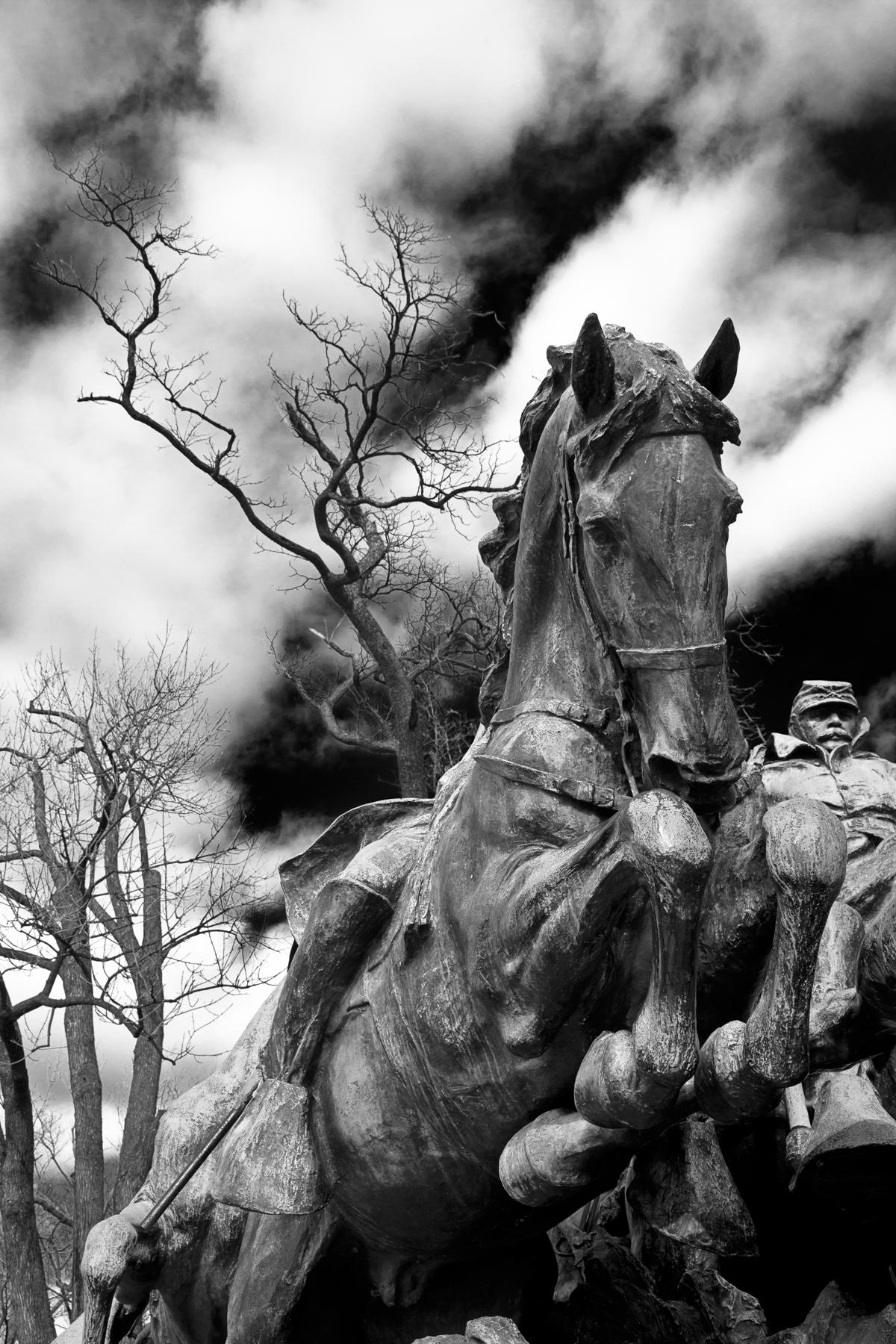 Grant cavalry statue - black & white photo