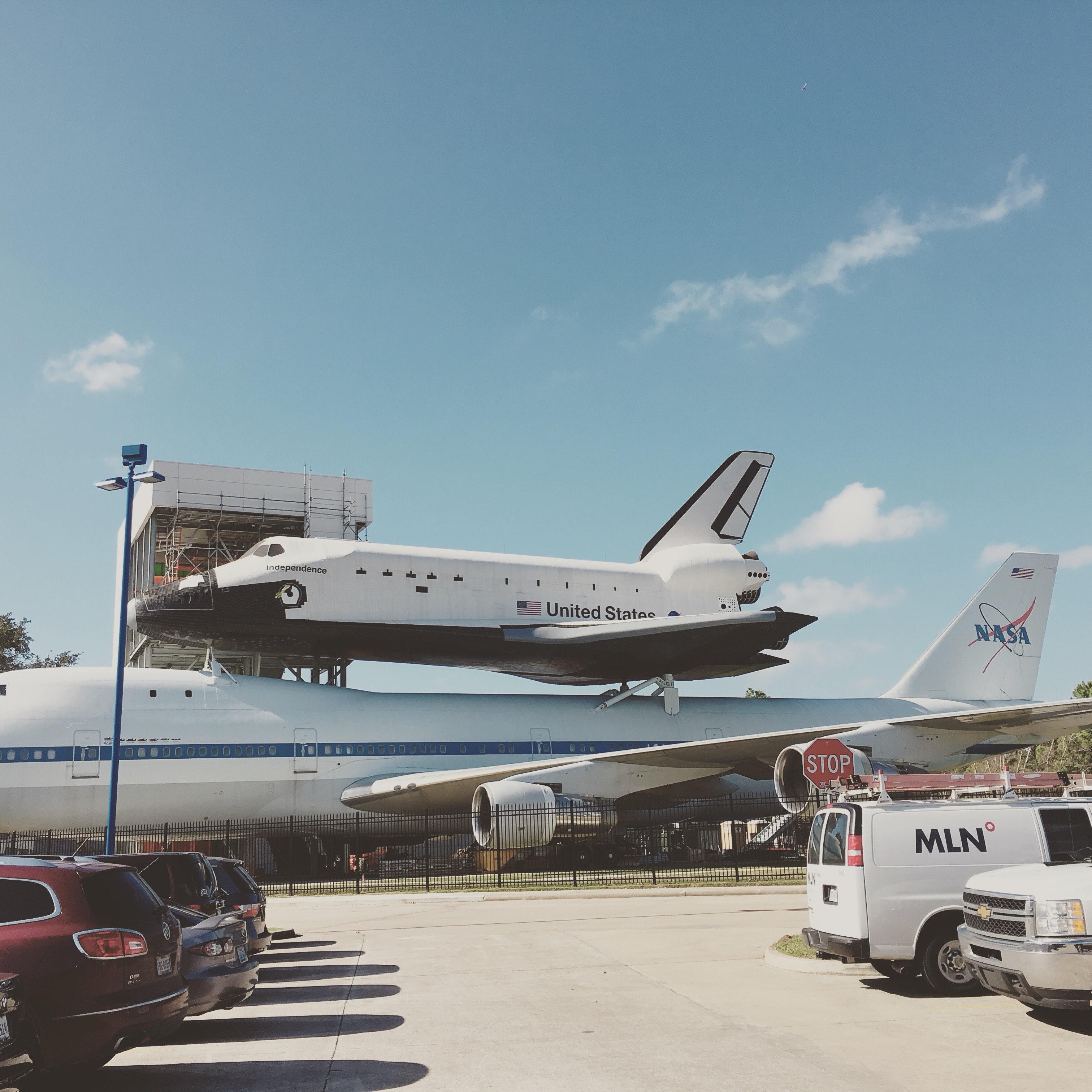 Photo of Gray Airplane · Free Stock Photo
