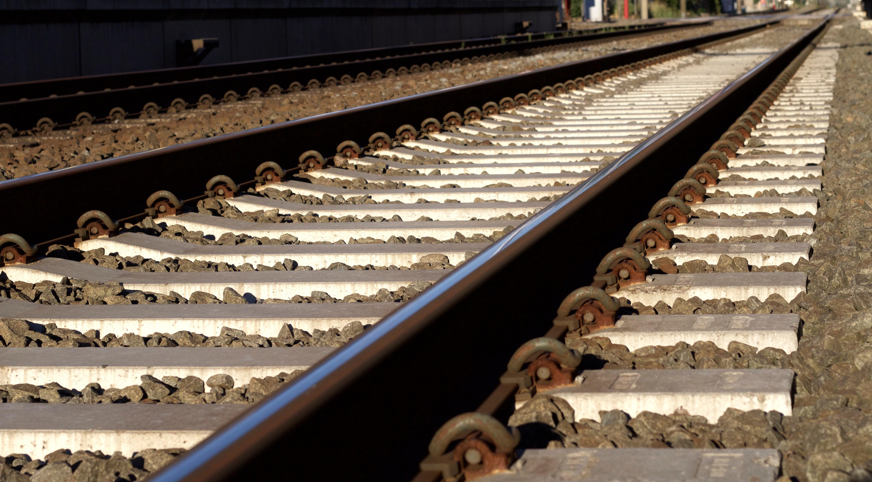 Black and Gray Metal Train Rail · Free Stock Photo