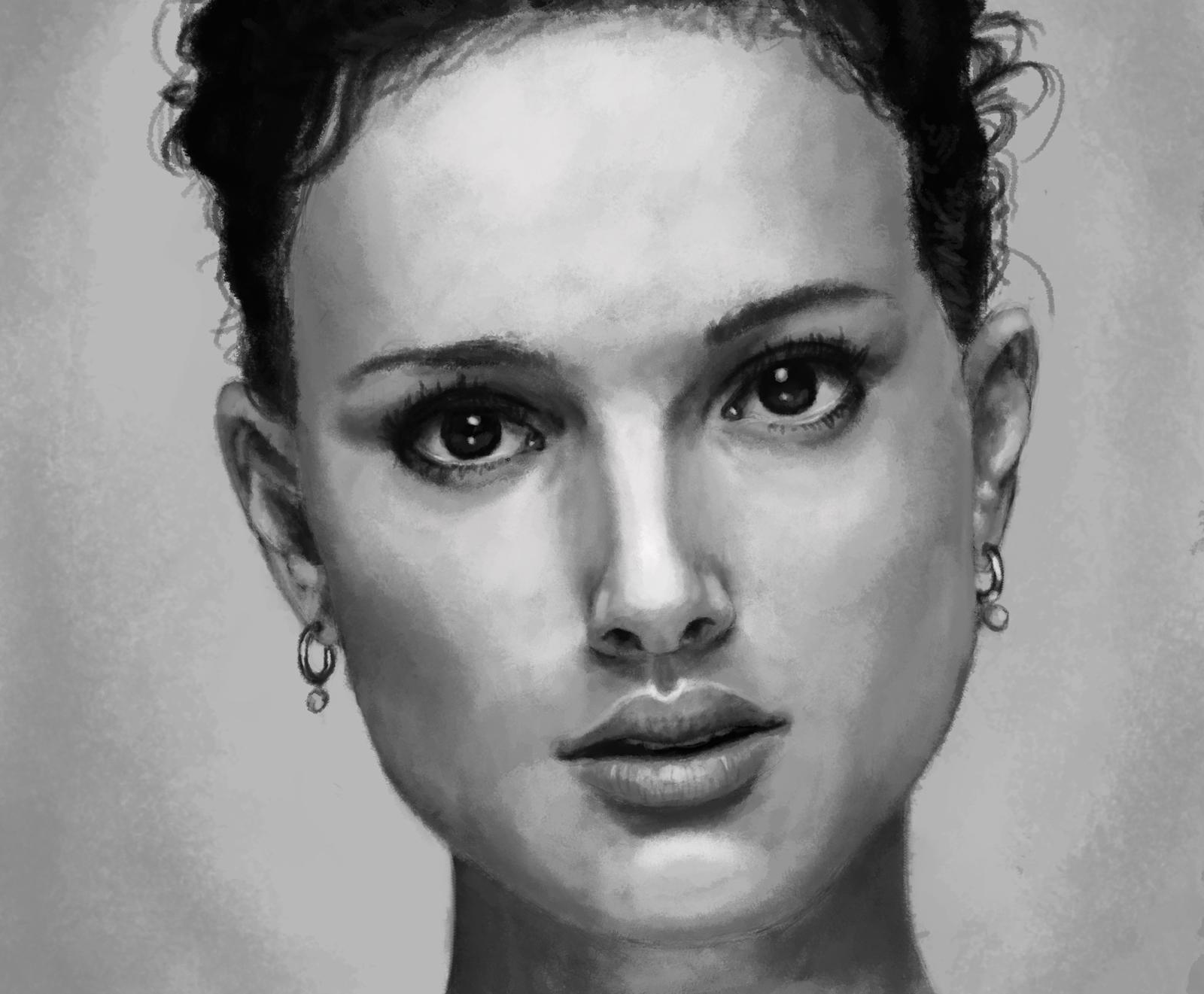 Natalie Portman Grayscale