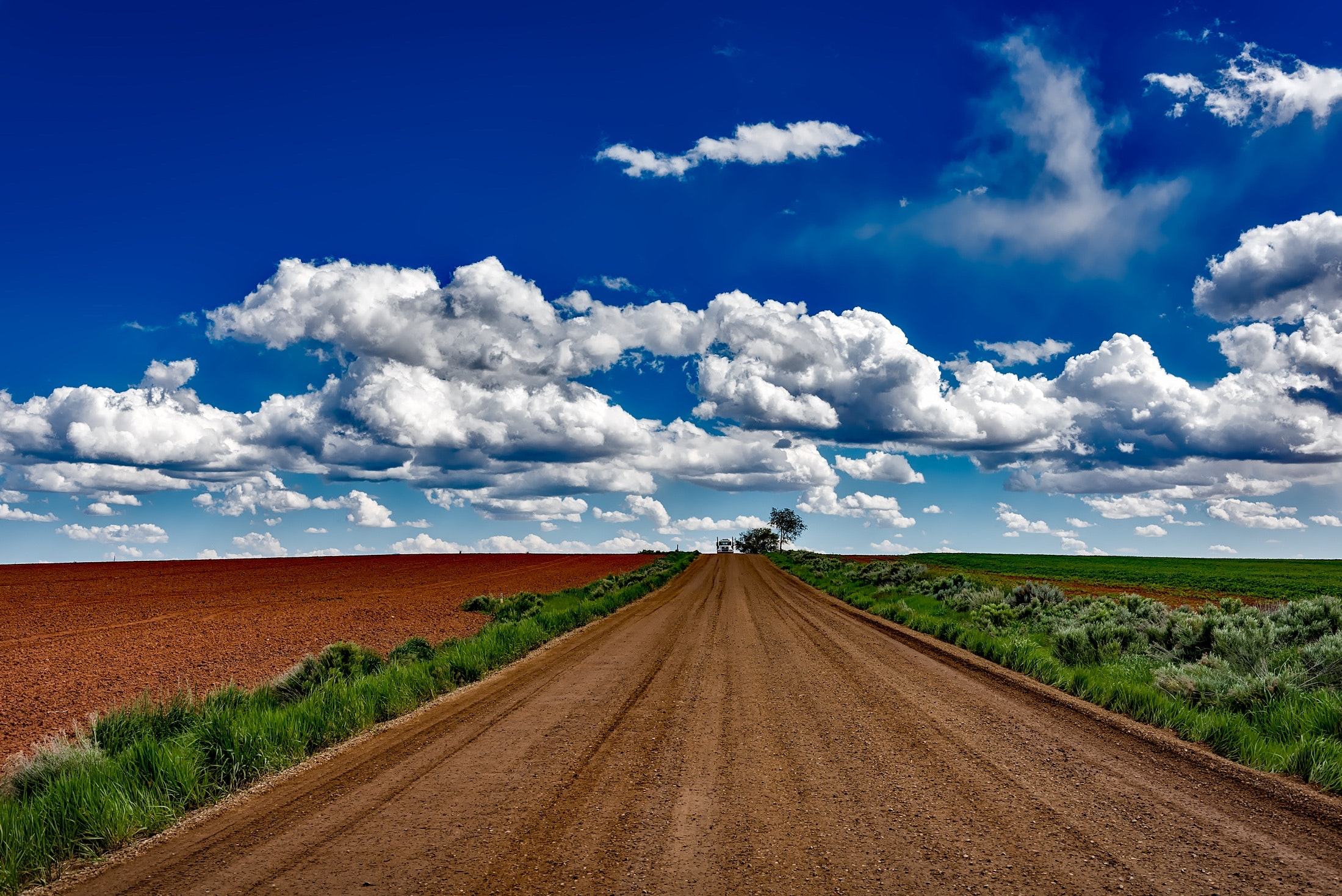 Gray Soil Road Near Field during Daytime Photo, Clouds, Countryside, Dirt road, Farm, HQ Photo