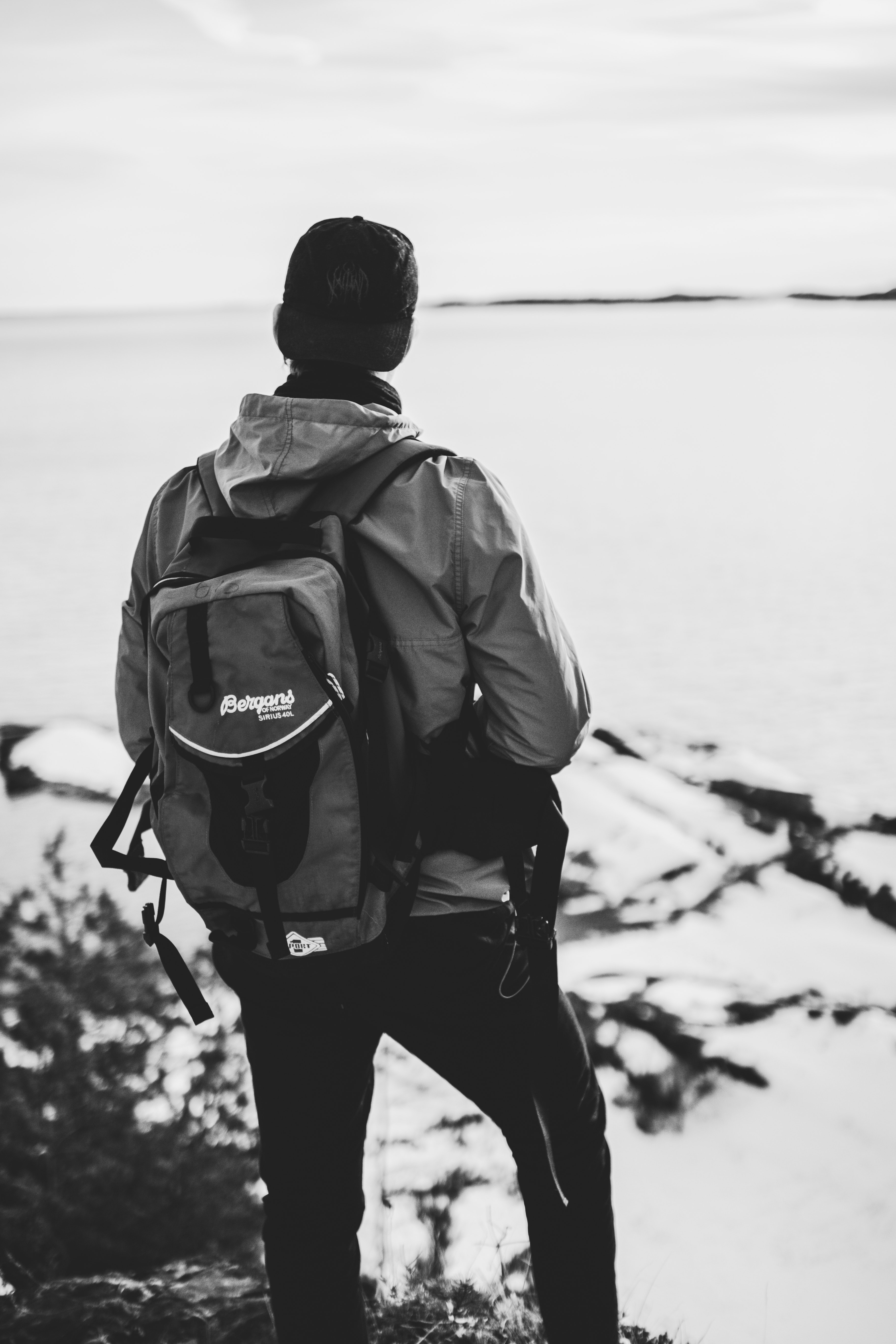 Grayscale Photo of Man Wearing Windsor and Backpack, Ocean, Winter, Weather, Wear, HQ Photo