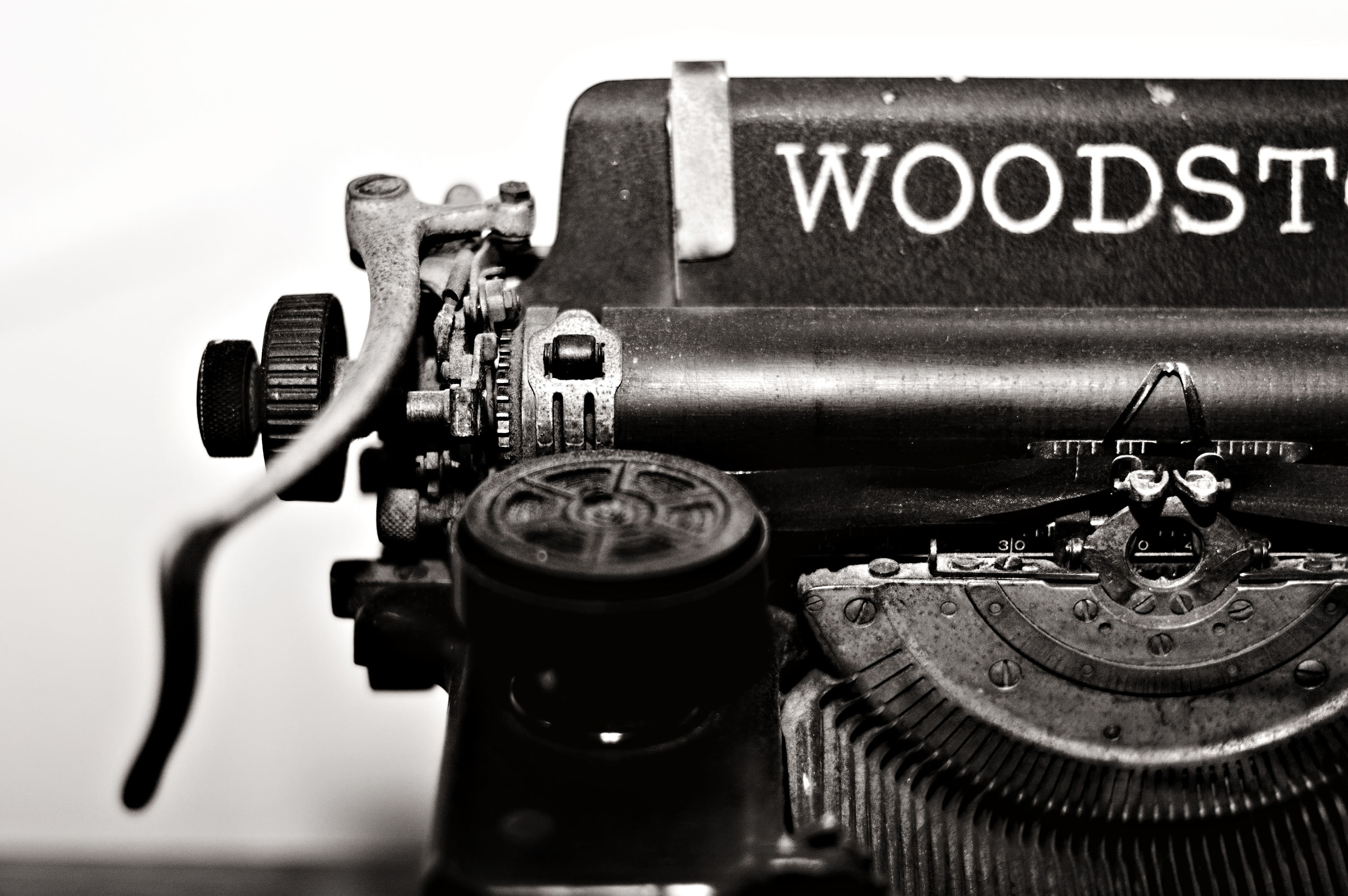 Grayscale Photo of Typewriter, Antique, Black and white, Blur, Classic, HQ Photo