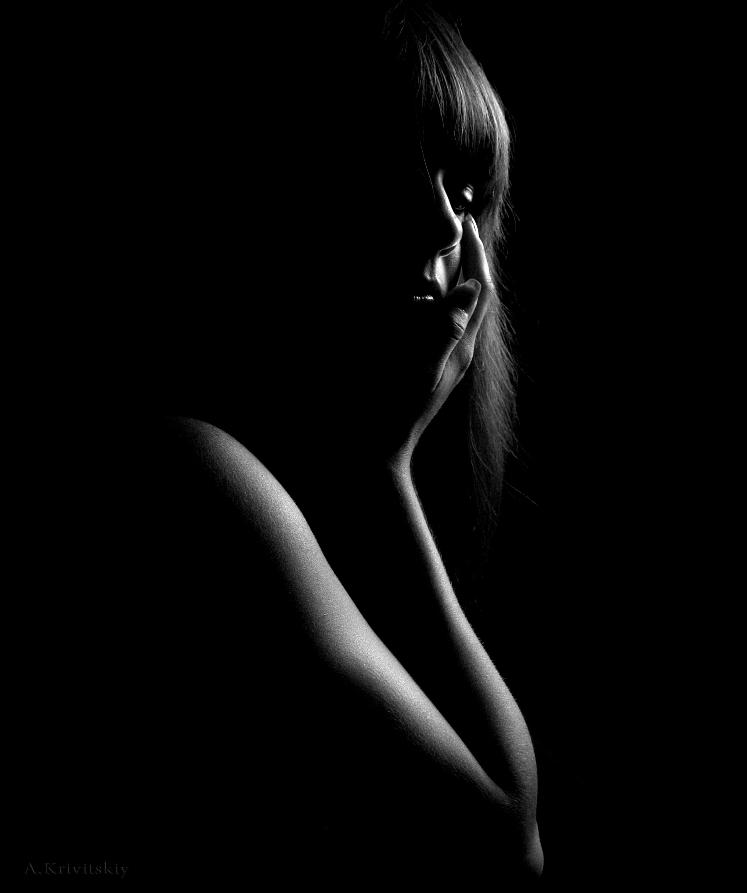 Grayscale Photo of Woman, Black and white, Black background, Dark, Face, HQ Photo