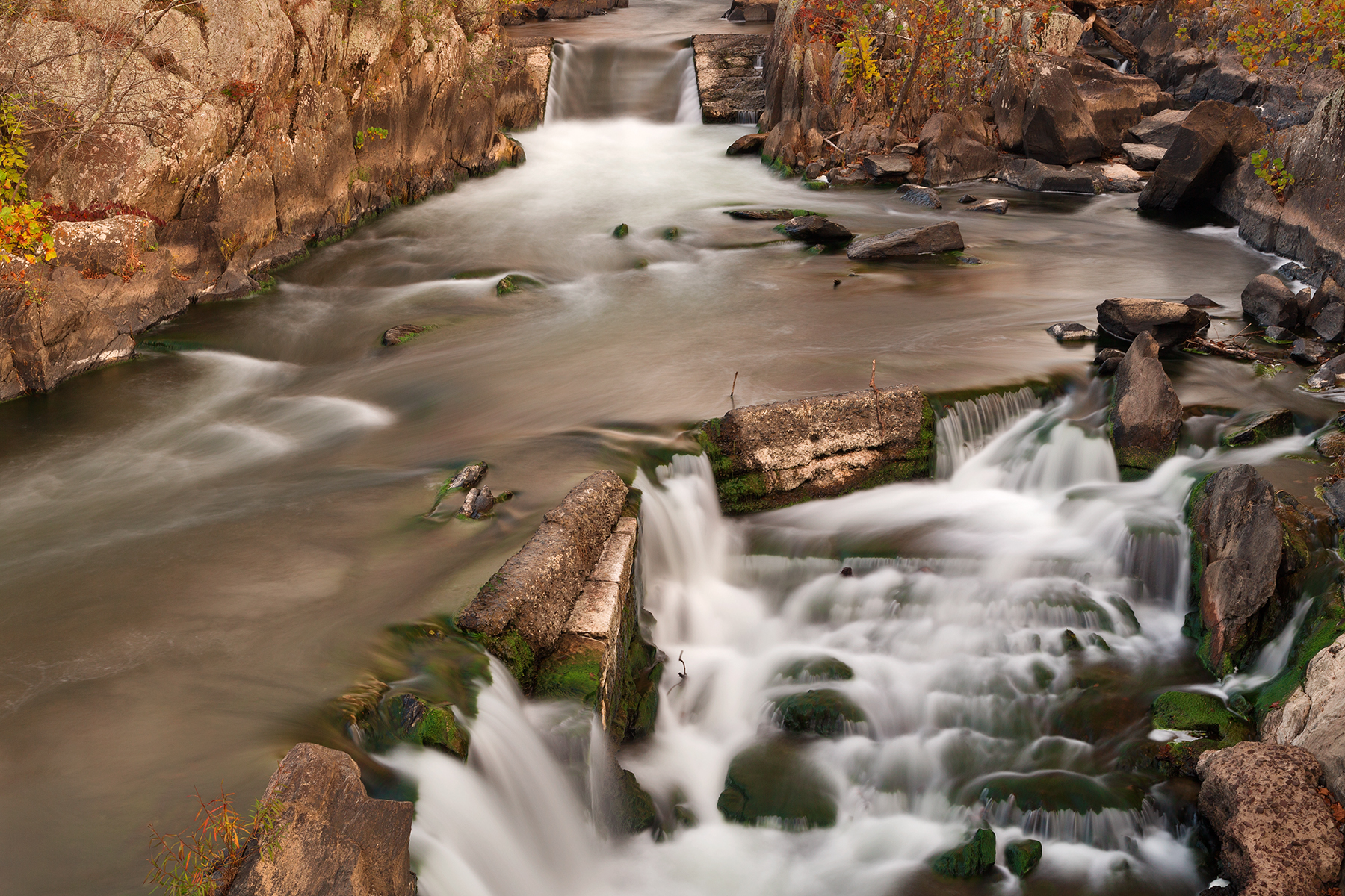 Great Sinkhole Falls, America, Perspective, Scene, Rugged, HQ Photo
