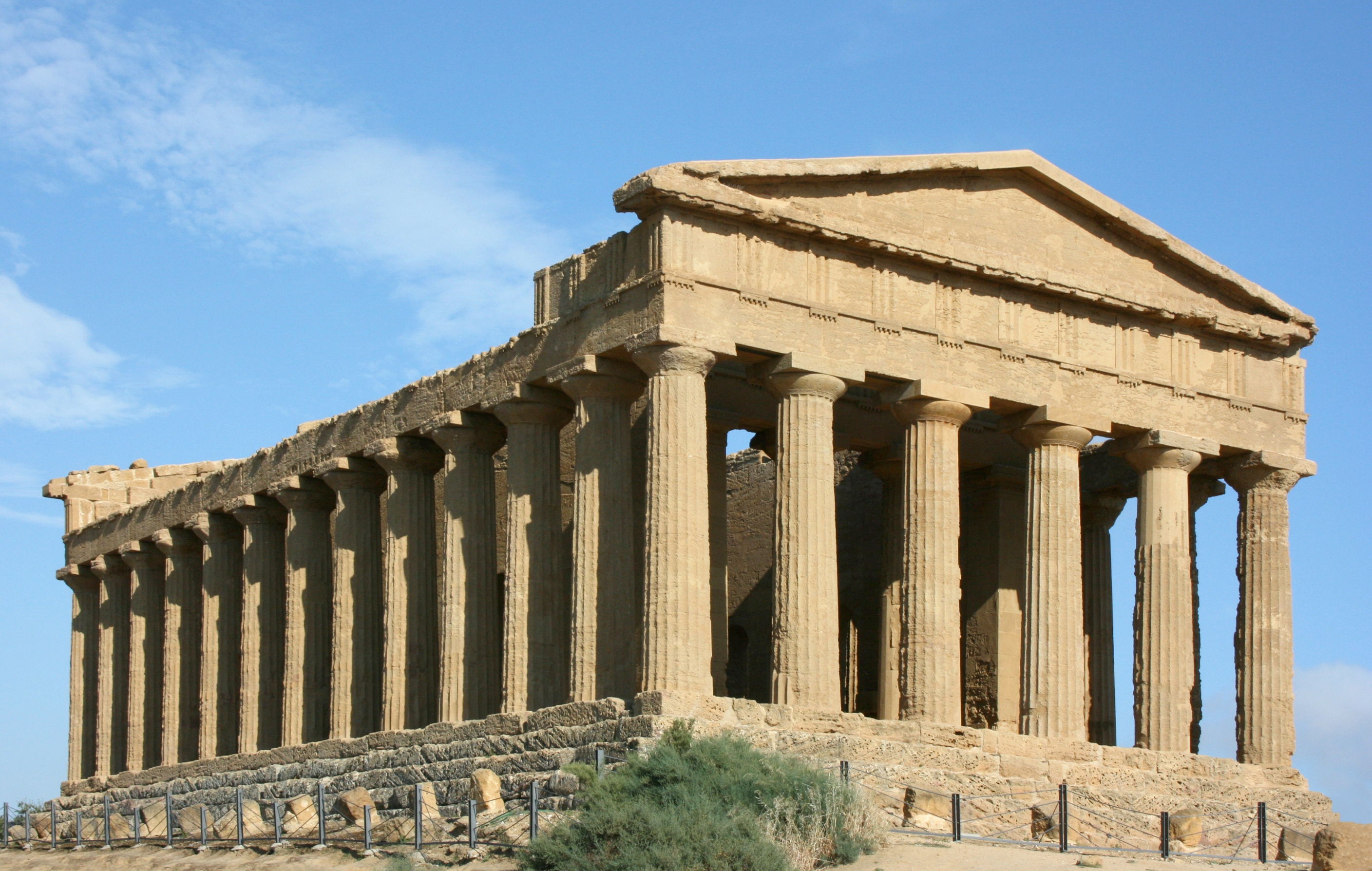 My Greek Experience : Greek Architecture and Leaders