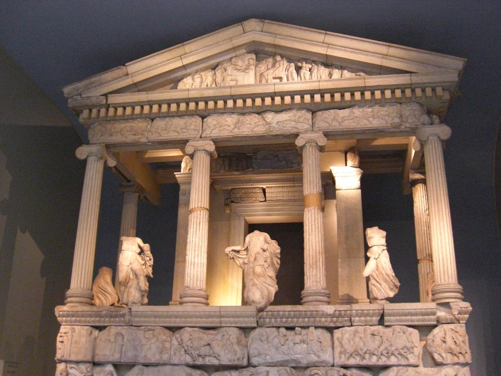 Greek orders – Visiting houses & gardens