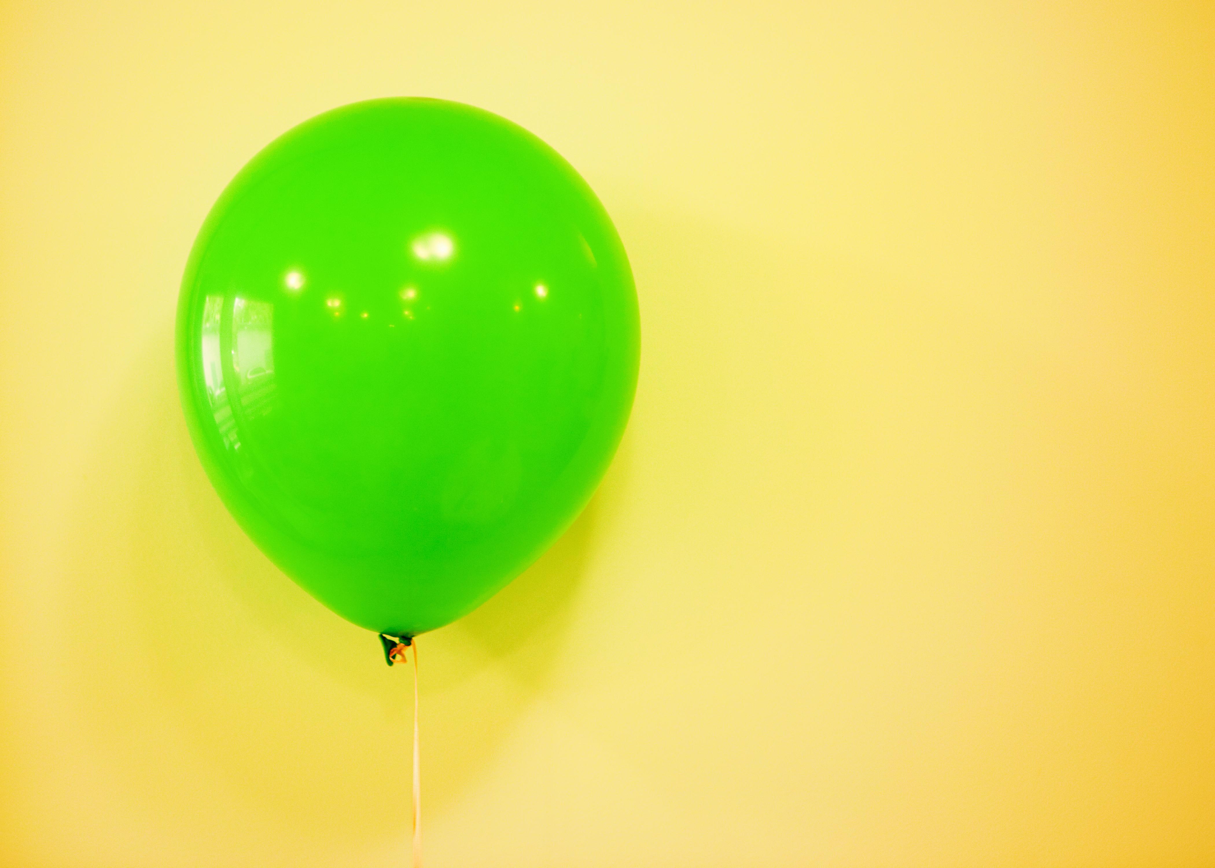 Green balloon photo