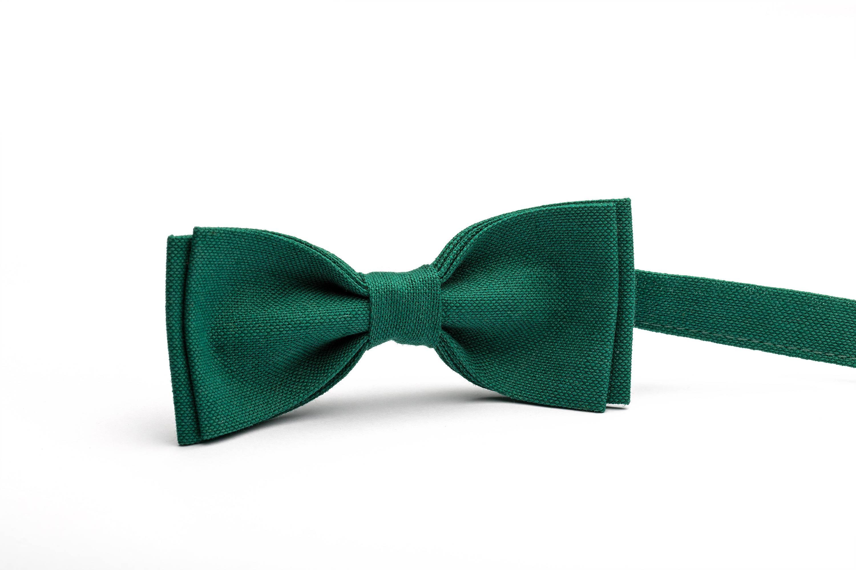 Green bow tie, emerald green bow tie, mens bow tie, boys bow tie ...