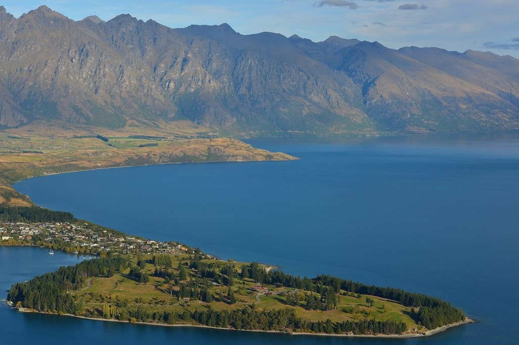 Green Field Island in the Middle of Body of Water Near Mountains during Daytime, Bay, Outdoors, Valley, Travel, HQ Photo