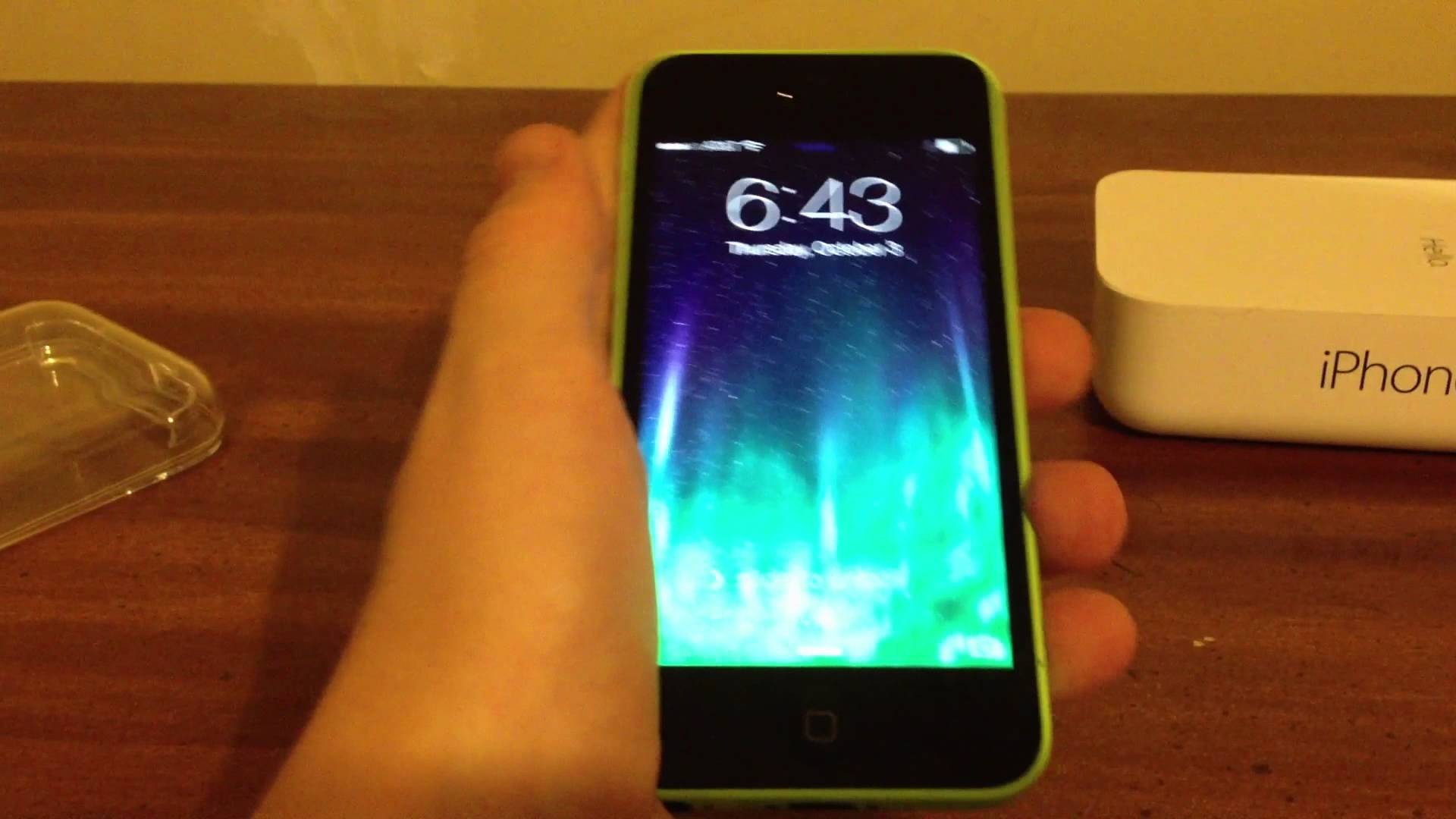 IPHONE 5C UNBOXING (GREEN) - YouTube