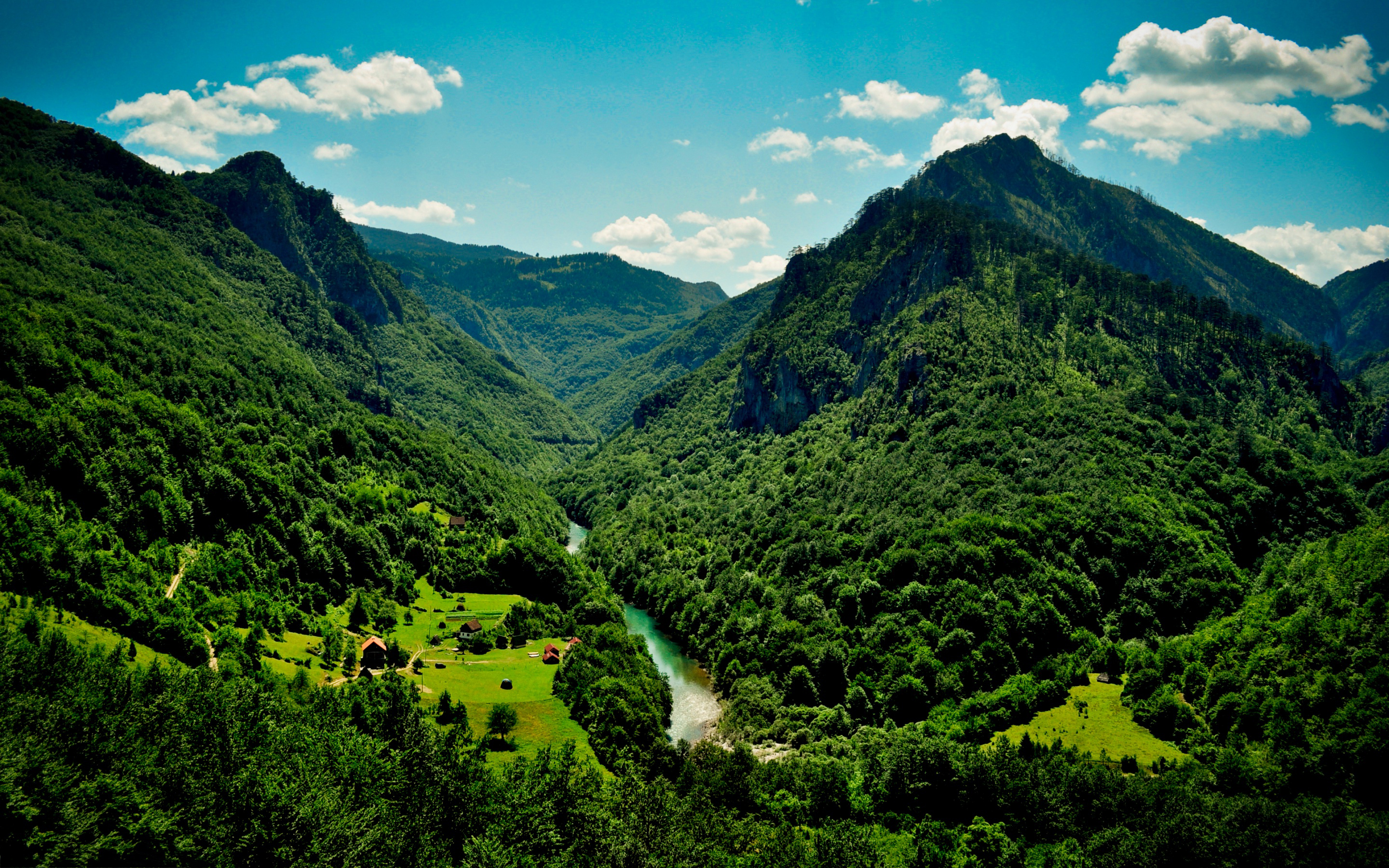 Green Mountain Wallpaper Backgrounds On Most Beautiful Wallpapers ...