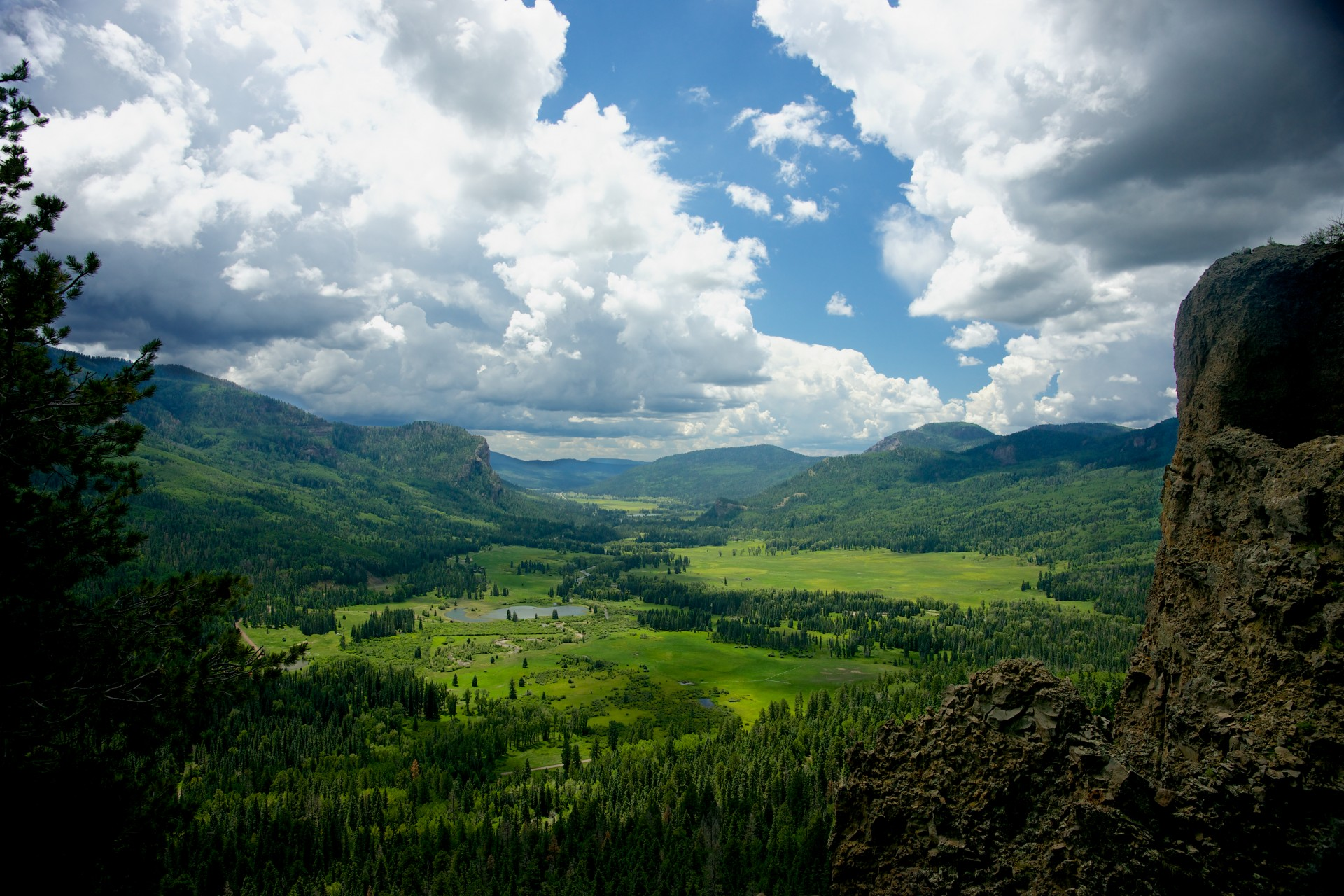Green Mountain Valley Free Stock Photo - Public Domain Pictures