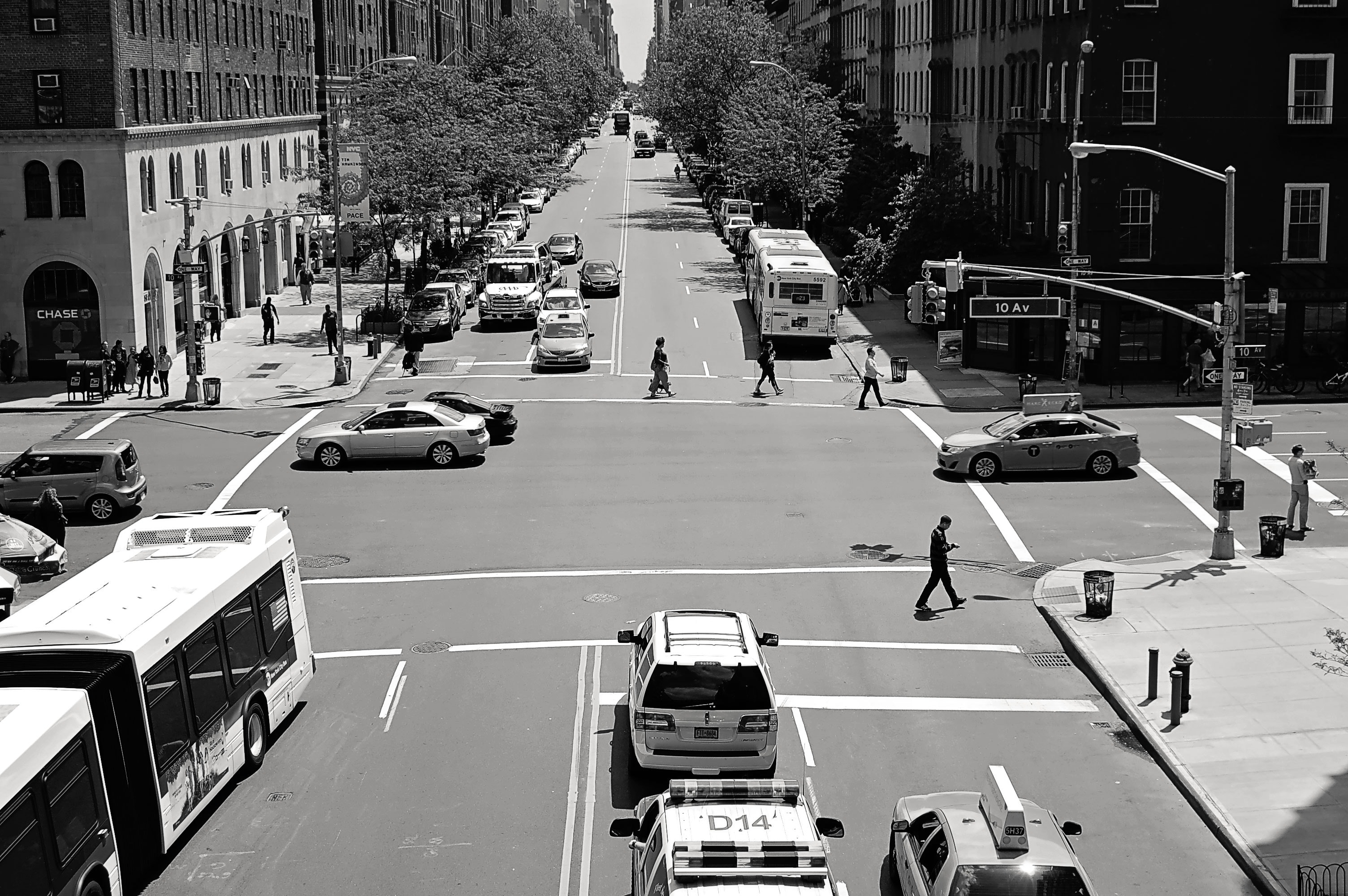 Greyscale Photo of Car and People on Streets, People, Vehicles, Urban, Trees, HQ Photo