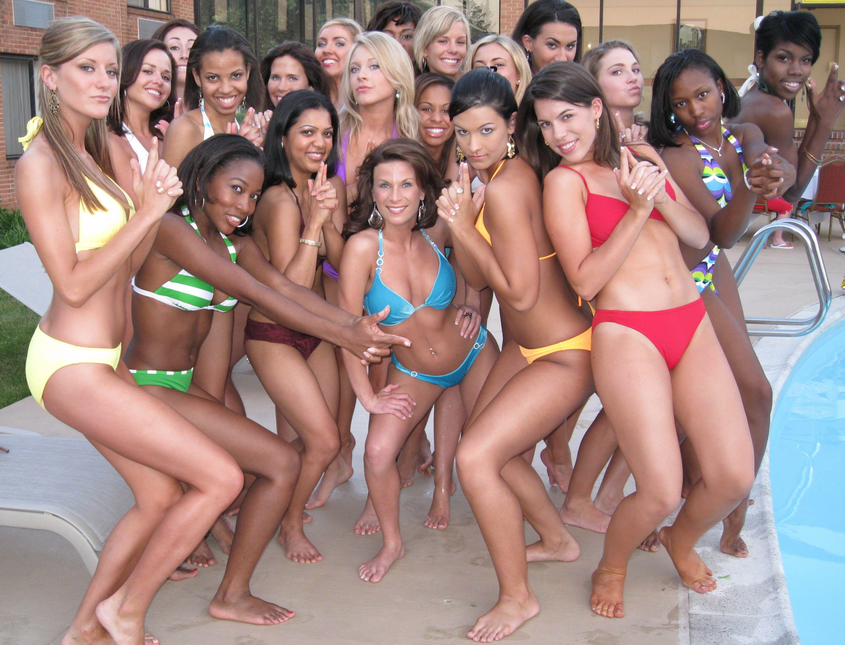 Nude teens group photo
