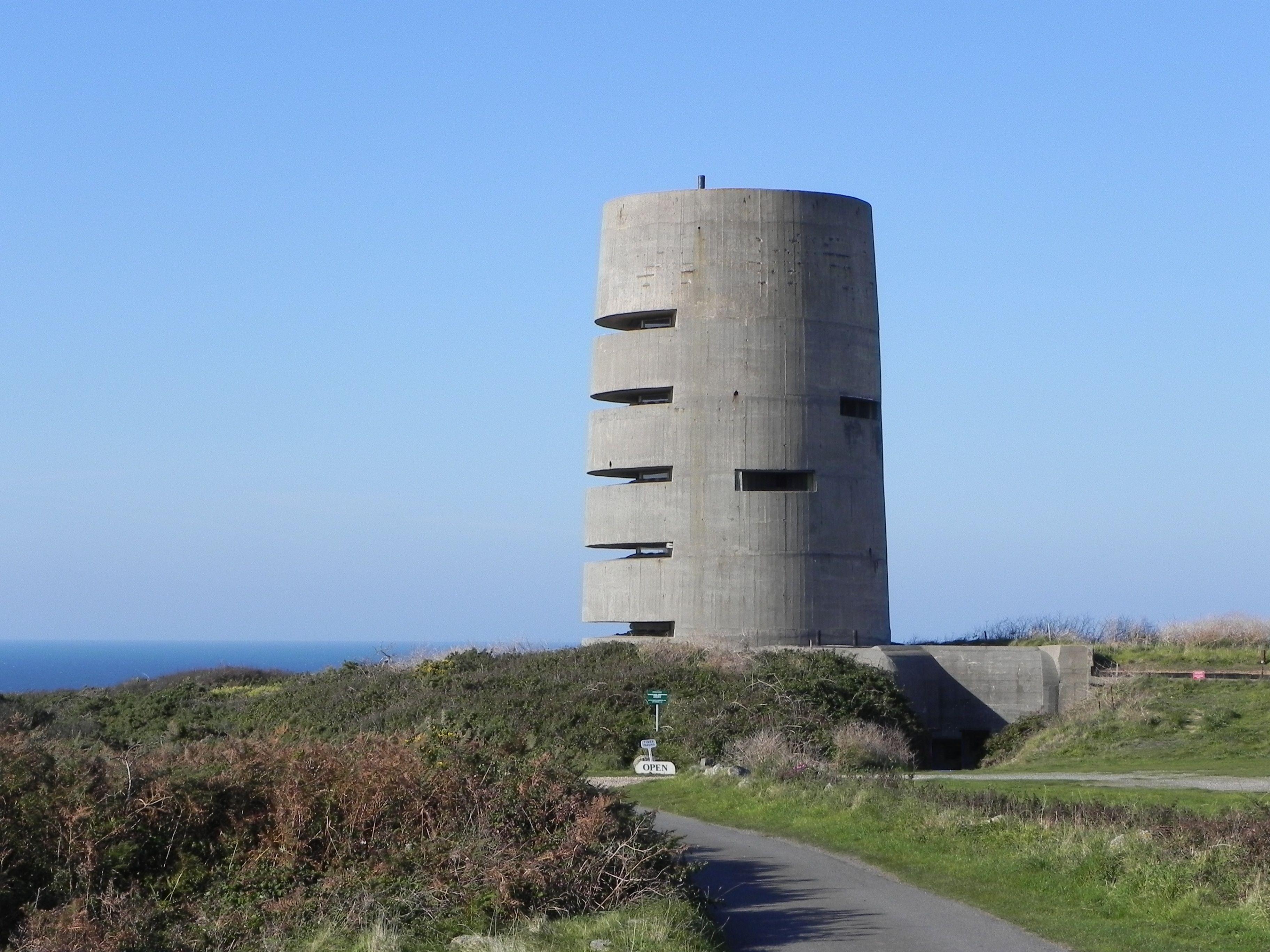 Observation Tower MP3 (Naval range finding tower) - Pleinmont ...
