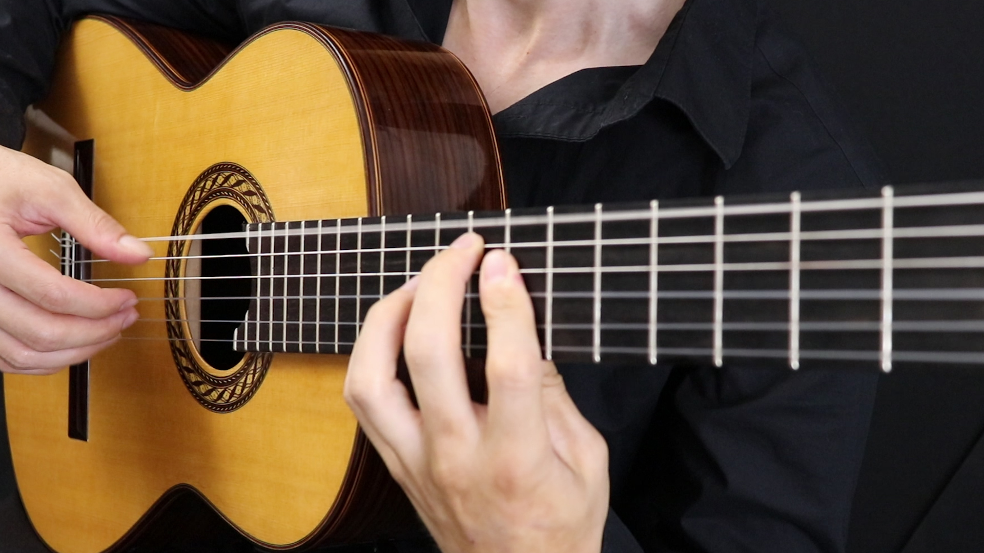 Online Guitar Lessons, Classical Guitar Sheet Music and Tabs by LAGA
