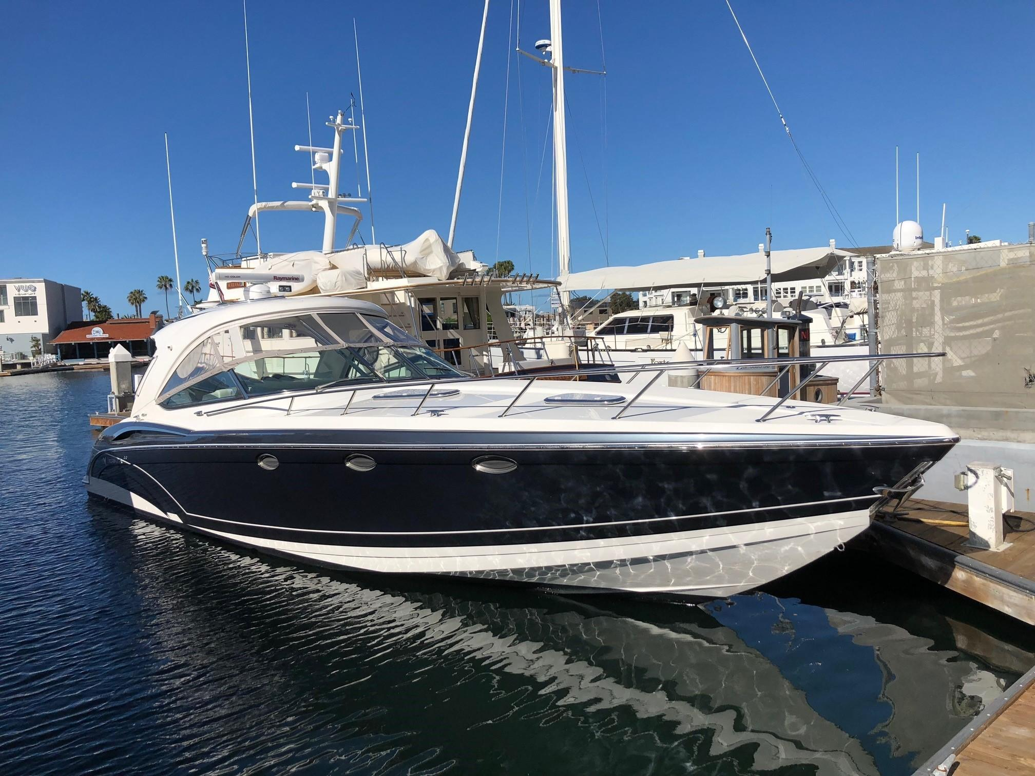 2017 Formula 400 Super Sport Yacht for Sale in Newport Beach, CA