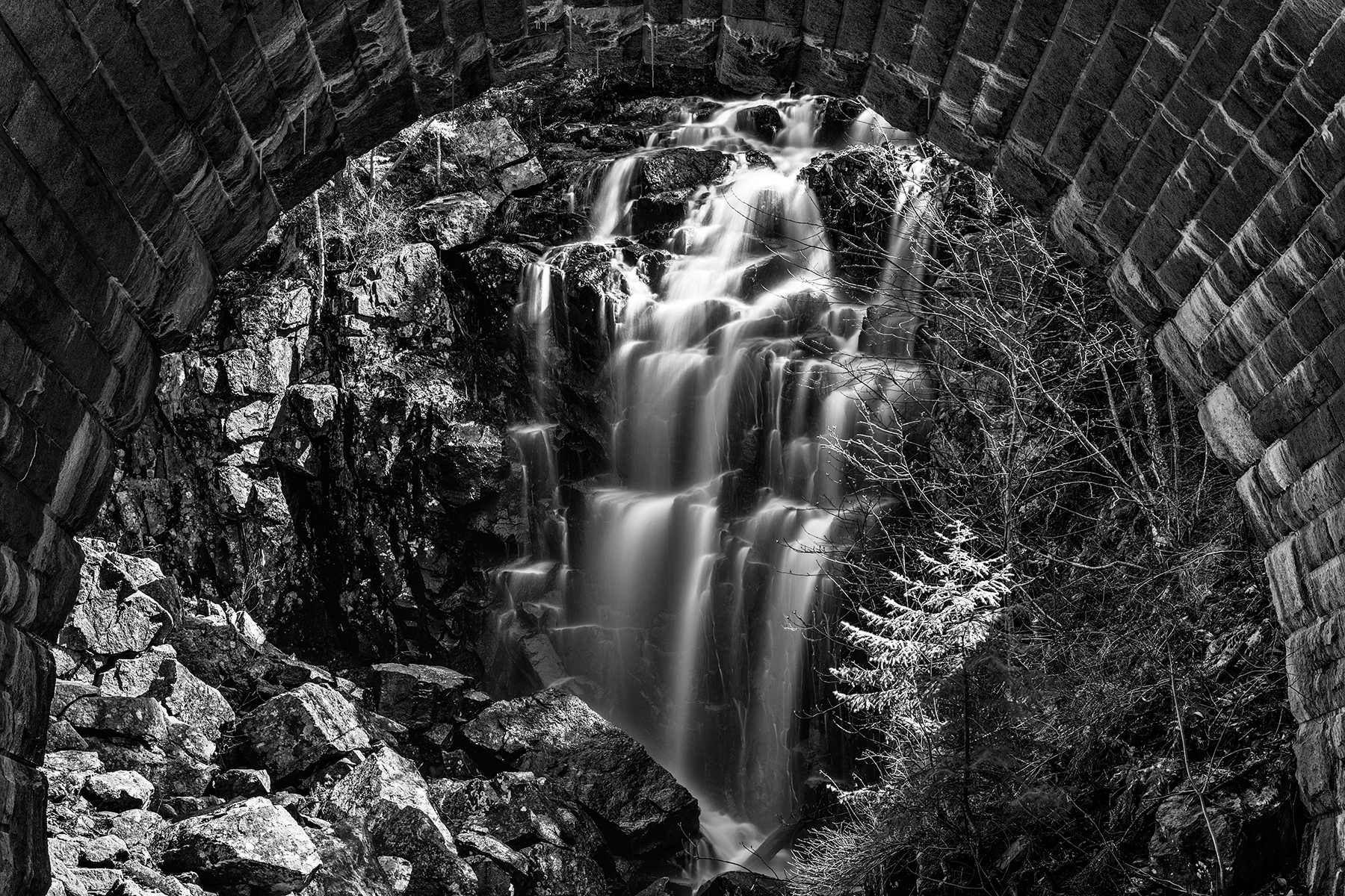 Hadlock Arch Falls - Black & White, Acadia, Outdoor, Rocky, Rocks, HQ Photo