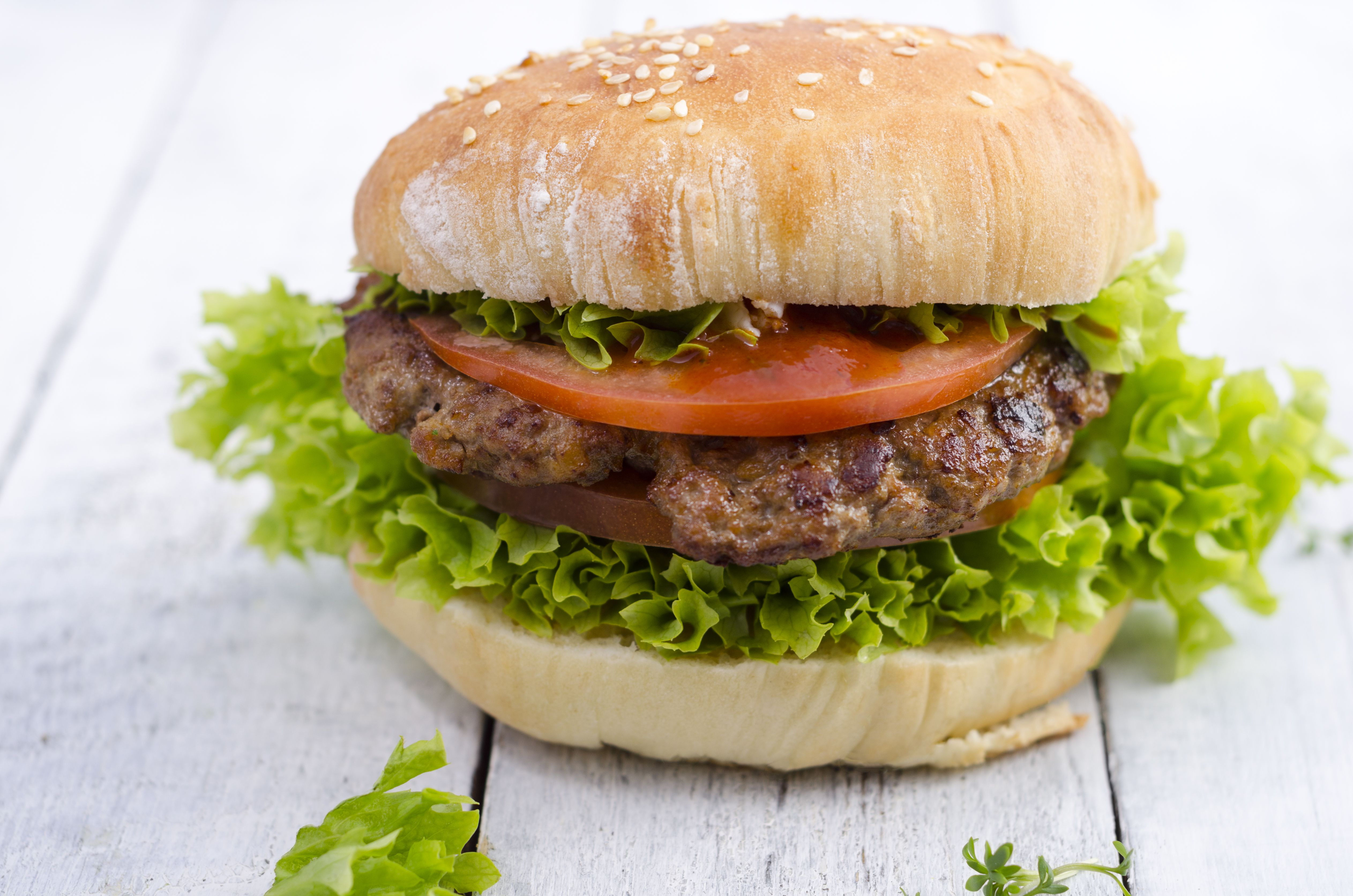 Hamburger Nutrition and Health Information