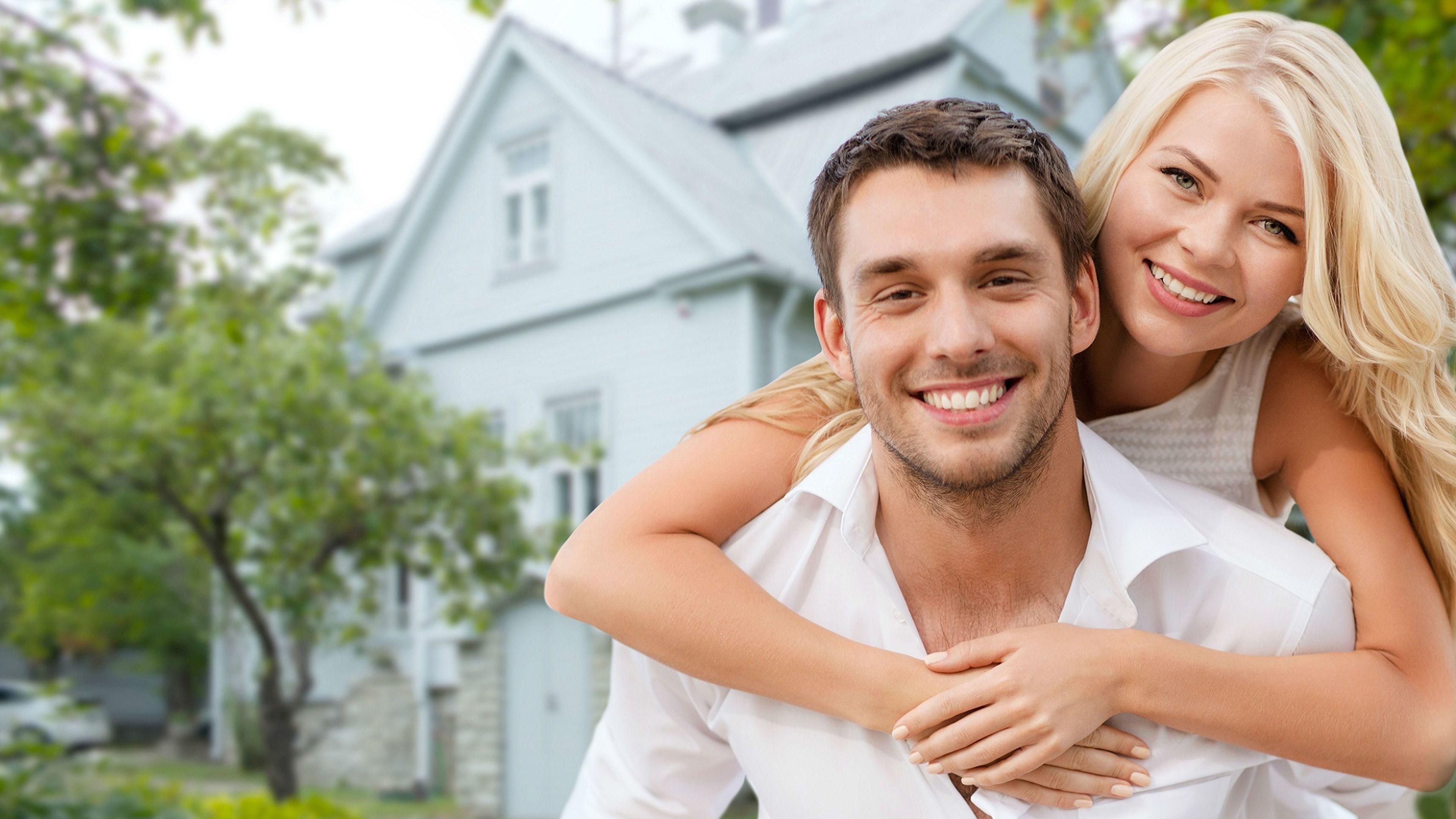 Happy couple relationship   233 Live News
