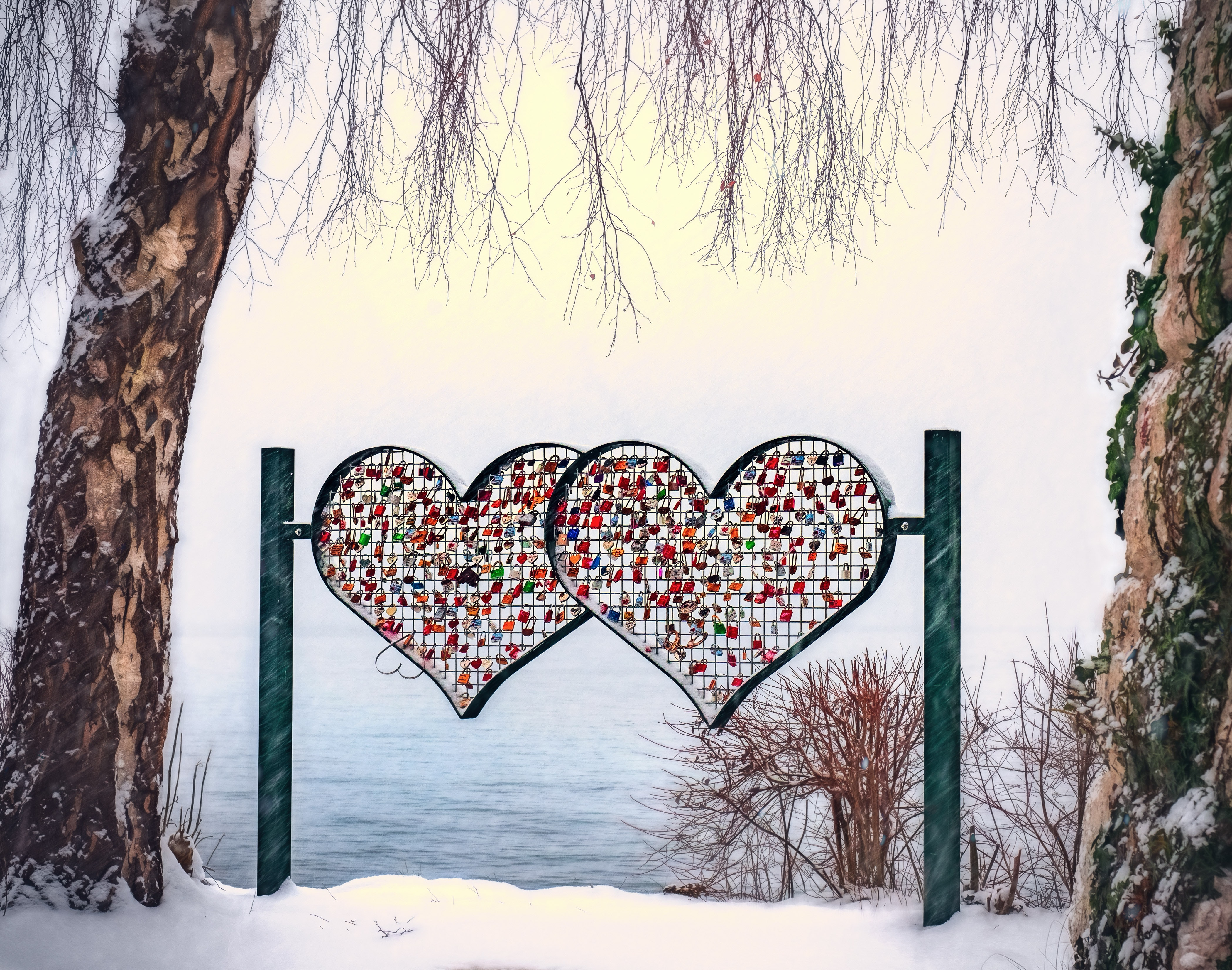 Heart-shape multicolored stand photo