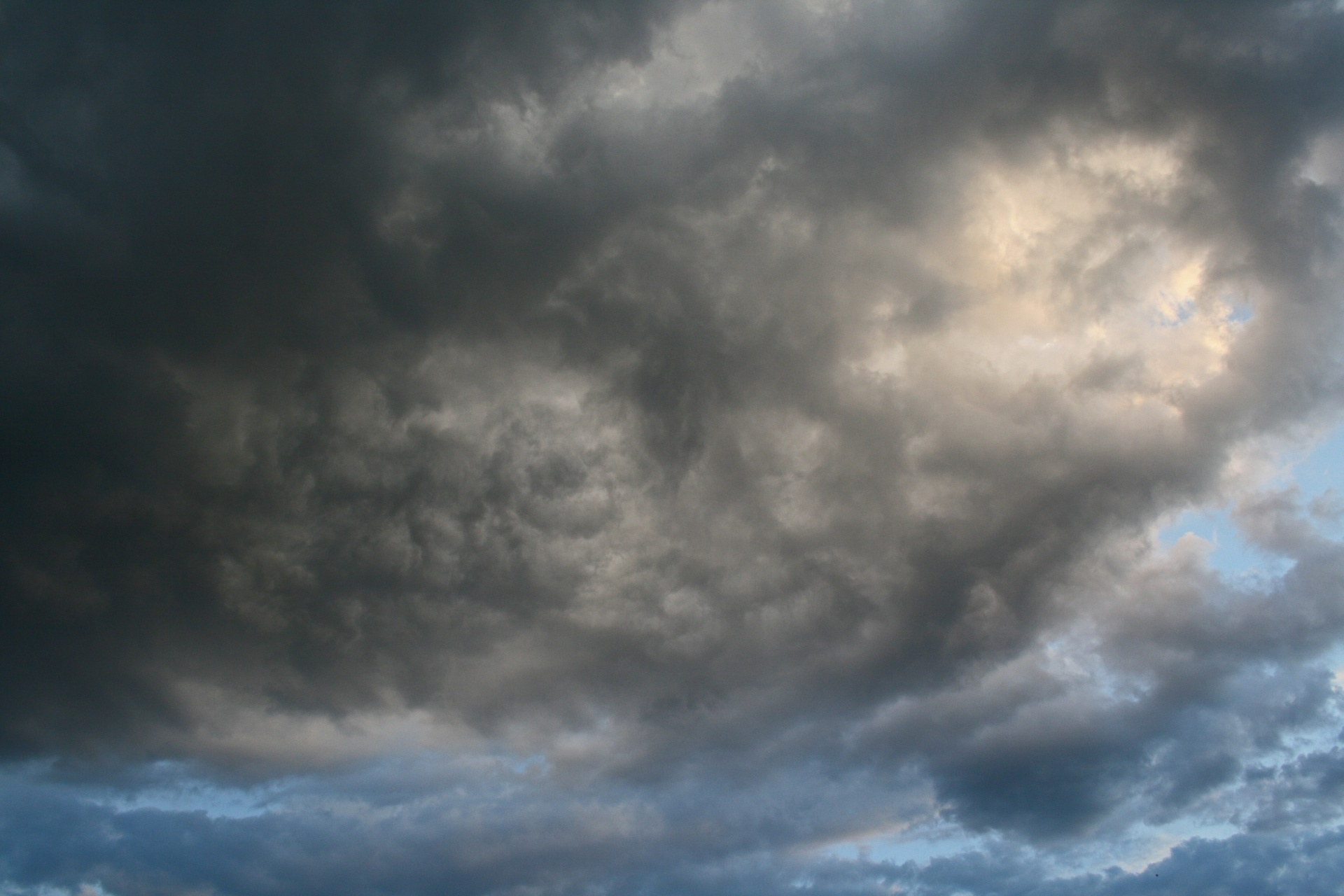 Heavy Cloud Free Stock Photo - Public Domain Pictures