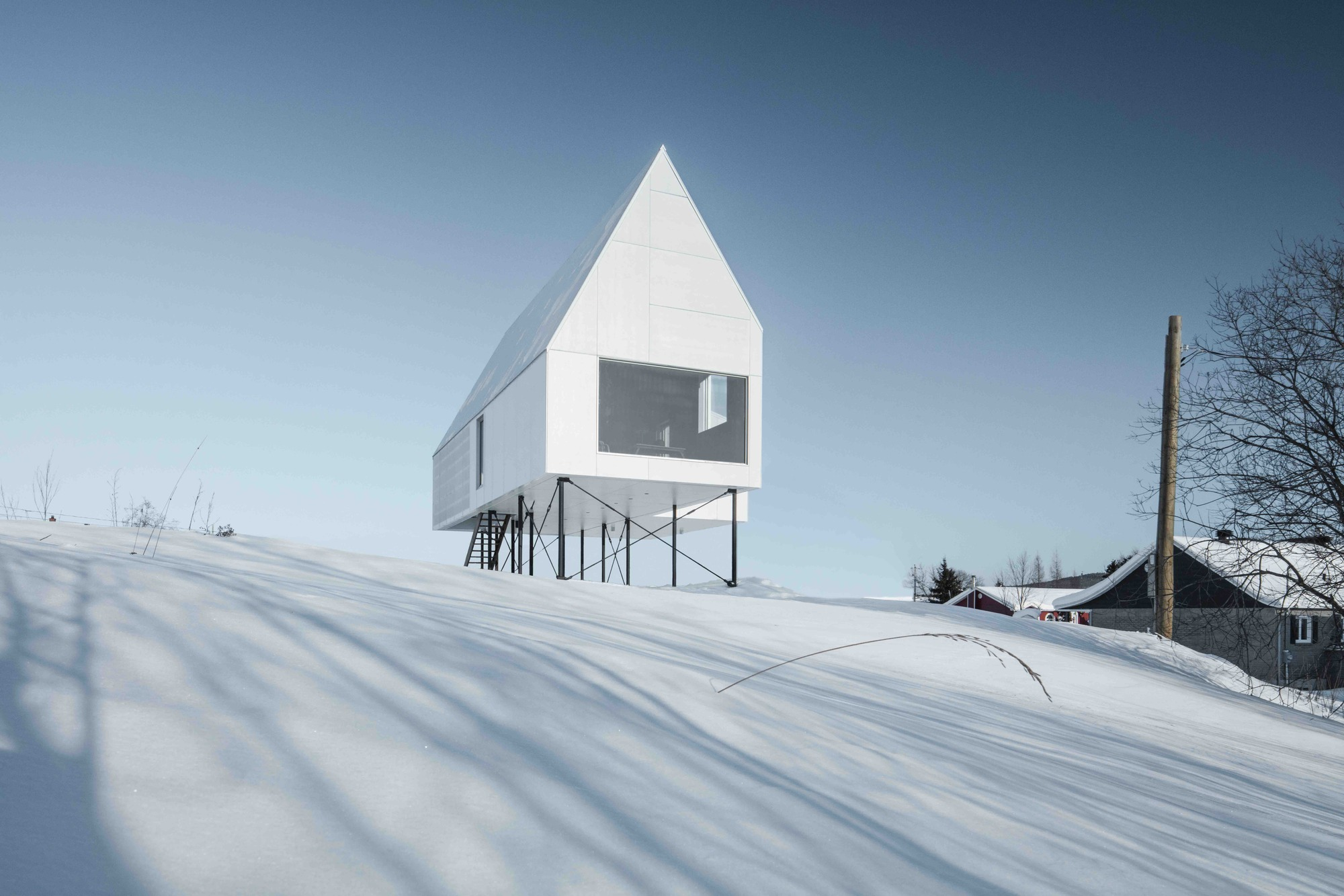 High House / DELORDINAIRE | ArchDaily