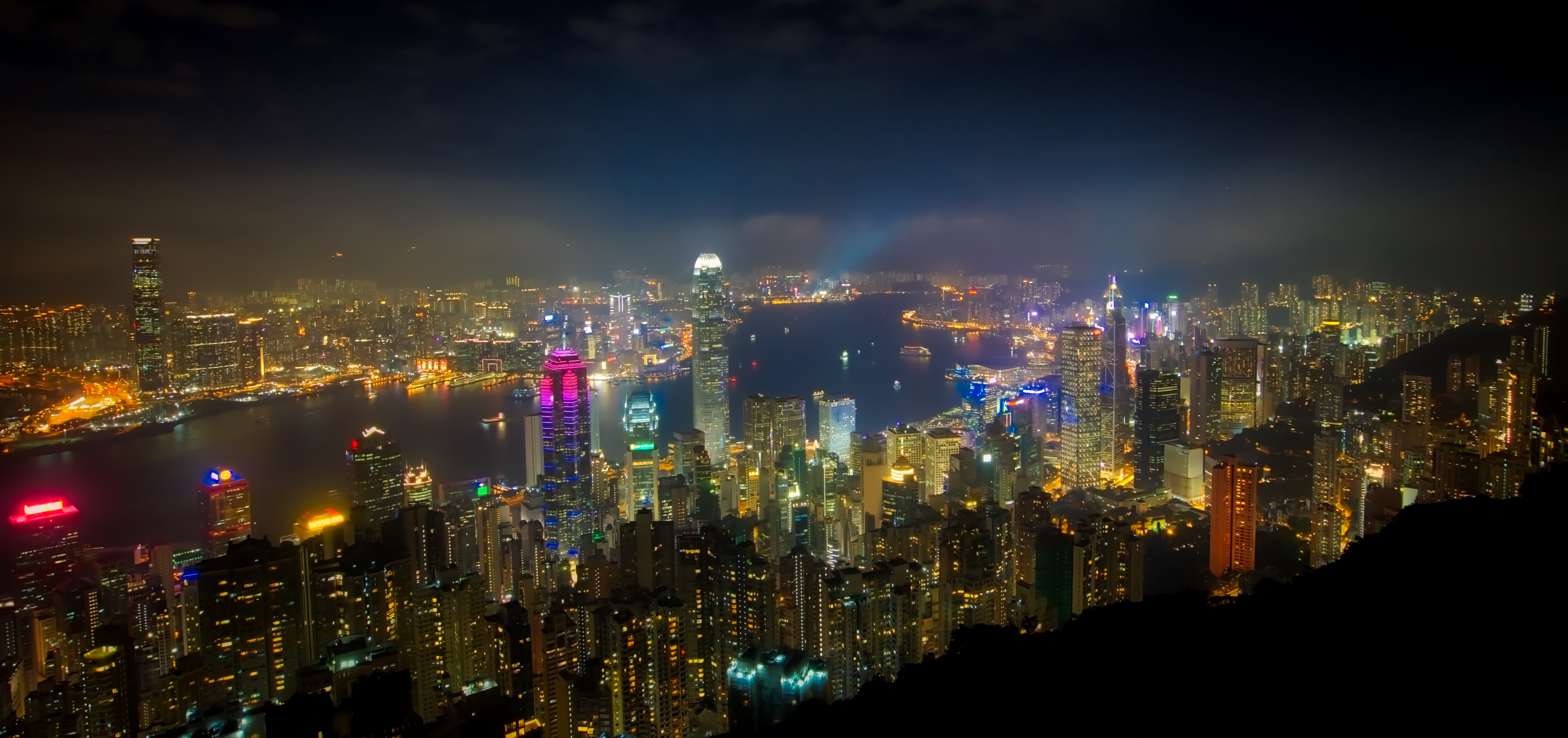 Hong kong from victoria peak photo