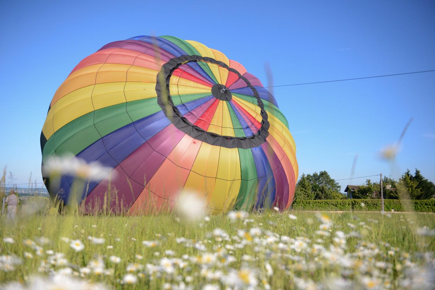 Hot-air balloon photo