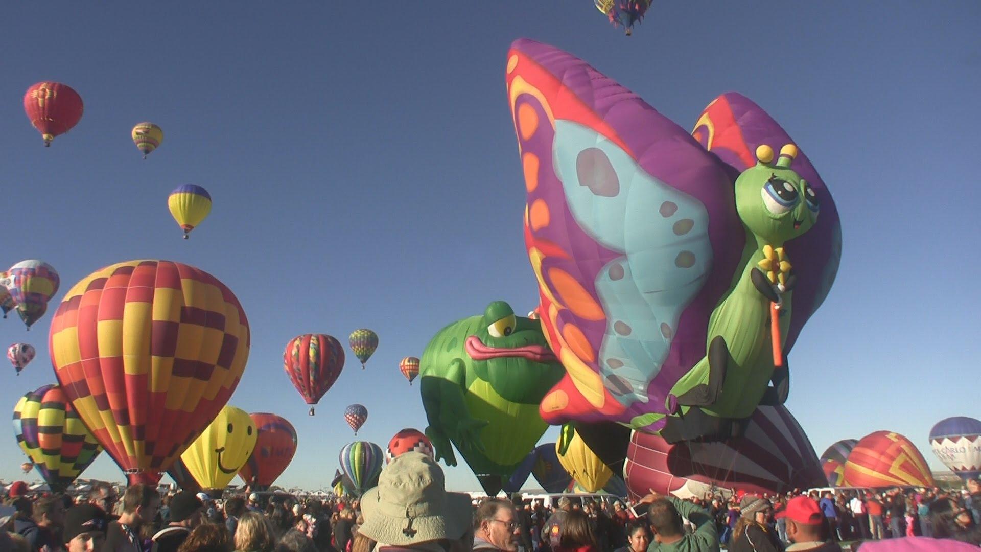Hot Air Balloon Fiesta. Albuquerque, New Mexico 2014 - YouTube