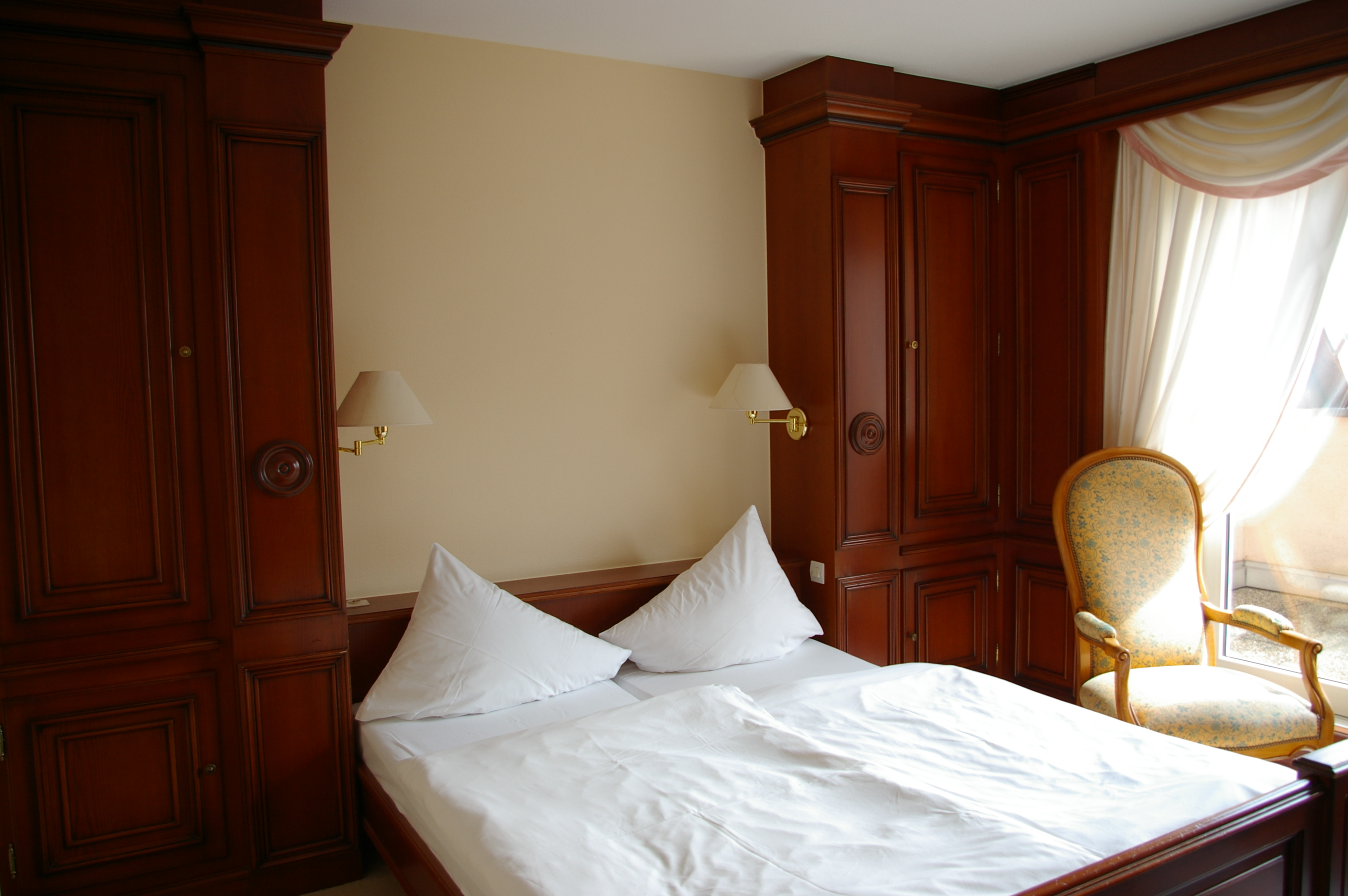 Hotel room, Bed, Bedroom, Chair, Dwellings, HQ Photo