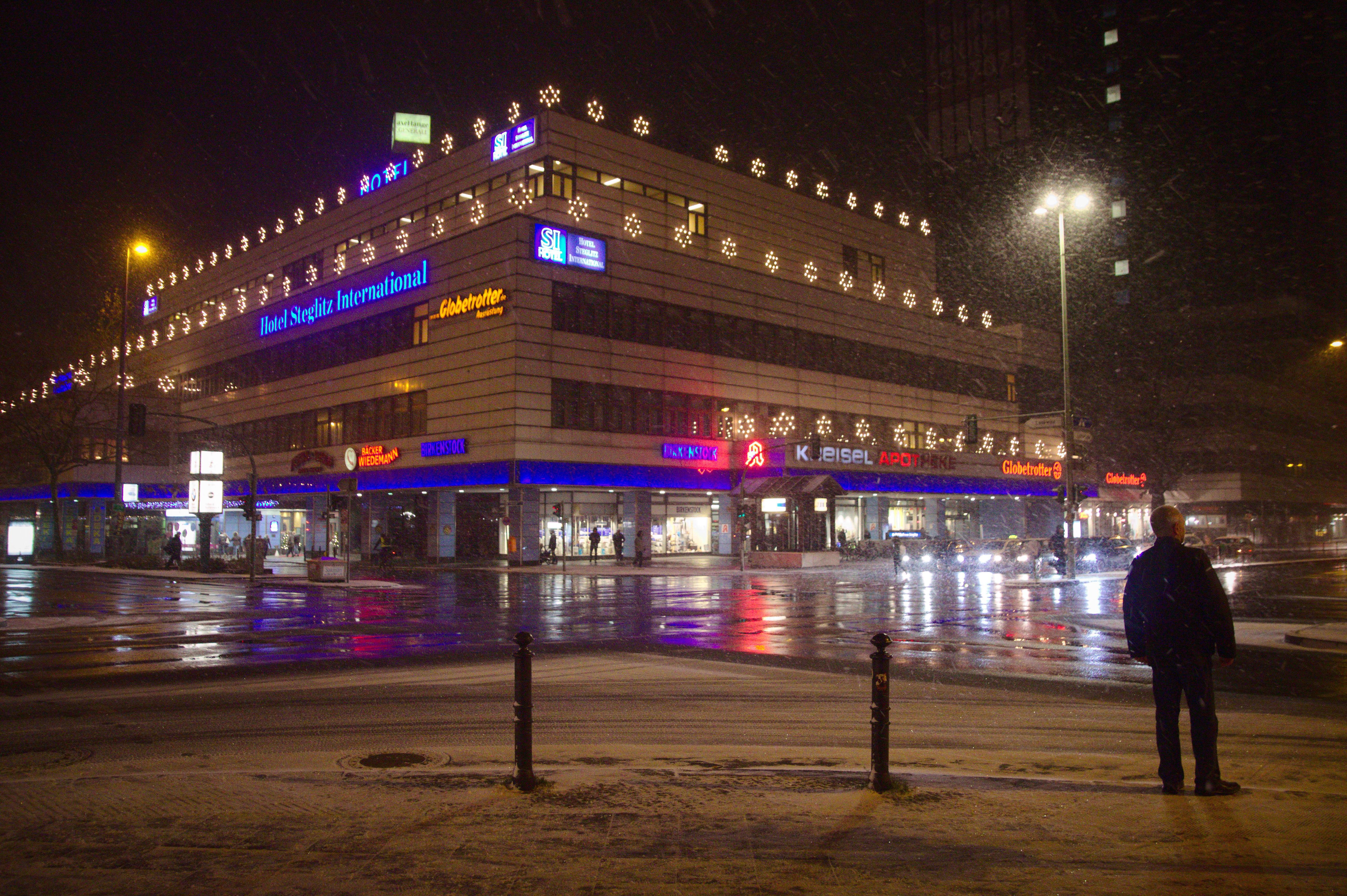 Hotel Steglitz International, Schlossstr, Steglitz, Road, Night, Intersection, City, HQ Photo