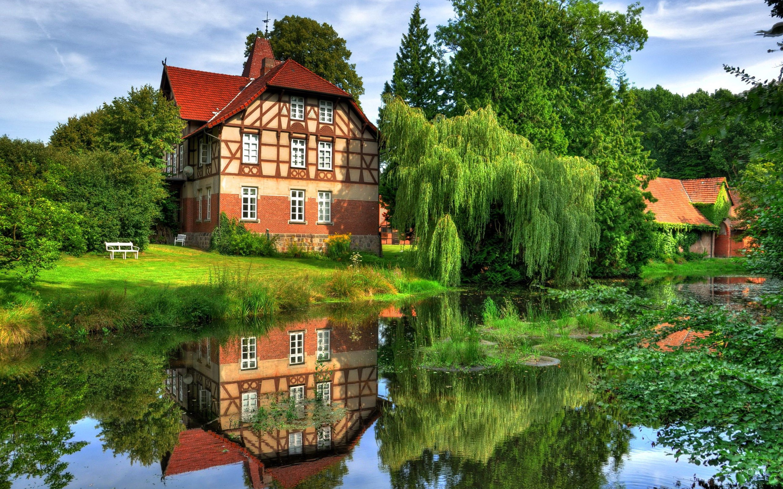 Houses: Lake House Reflection Reflecting Houses Lakes Reflections ...