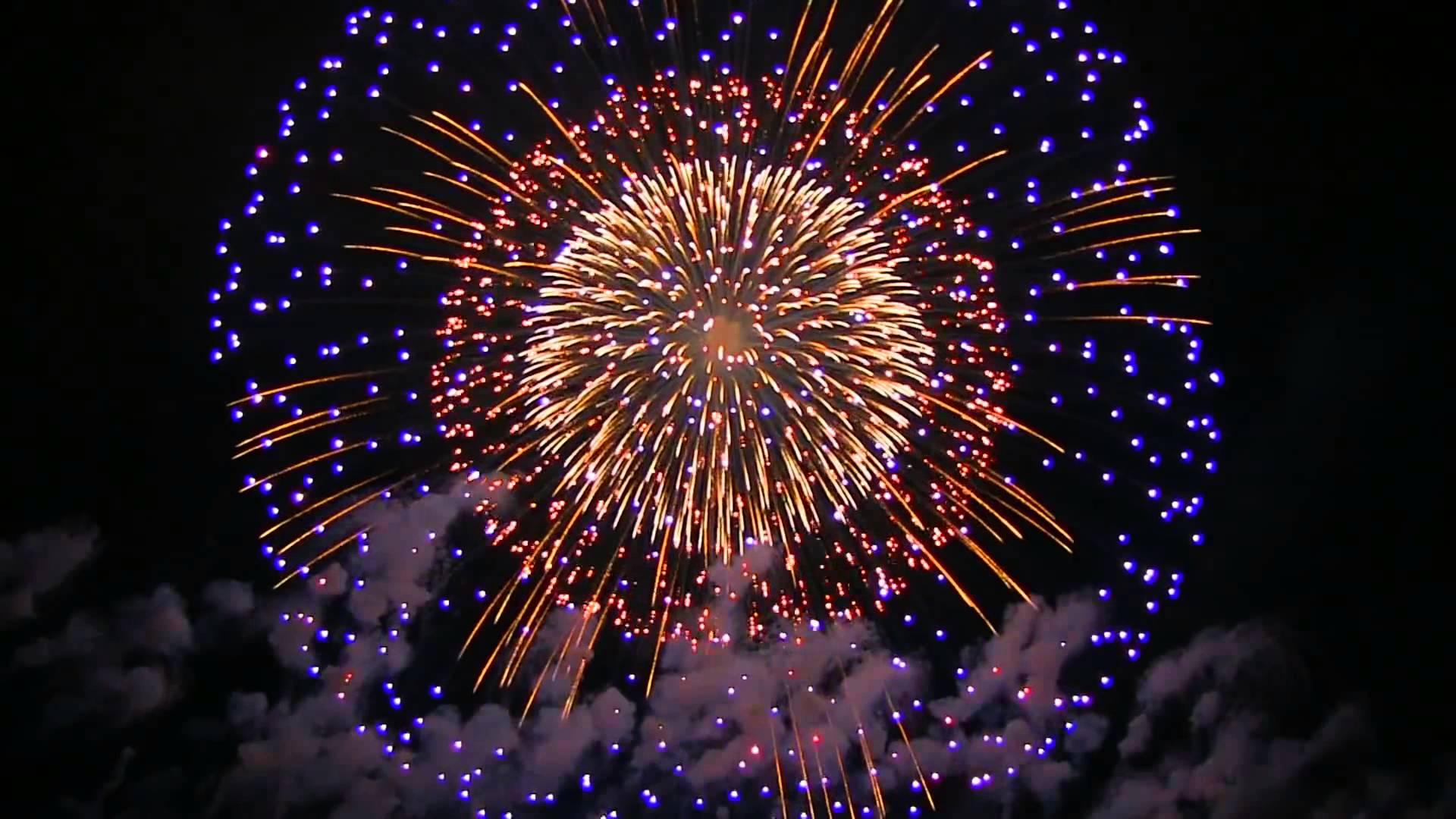 Huge fireworks photo