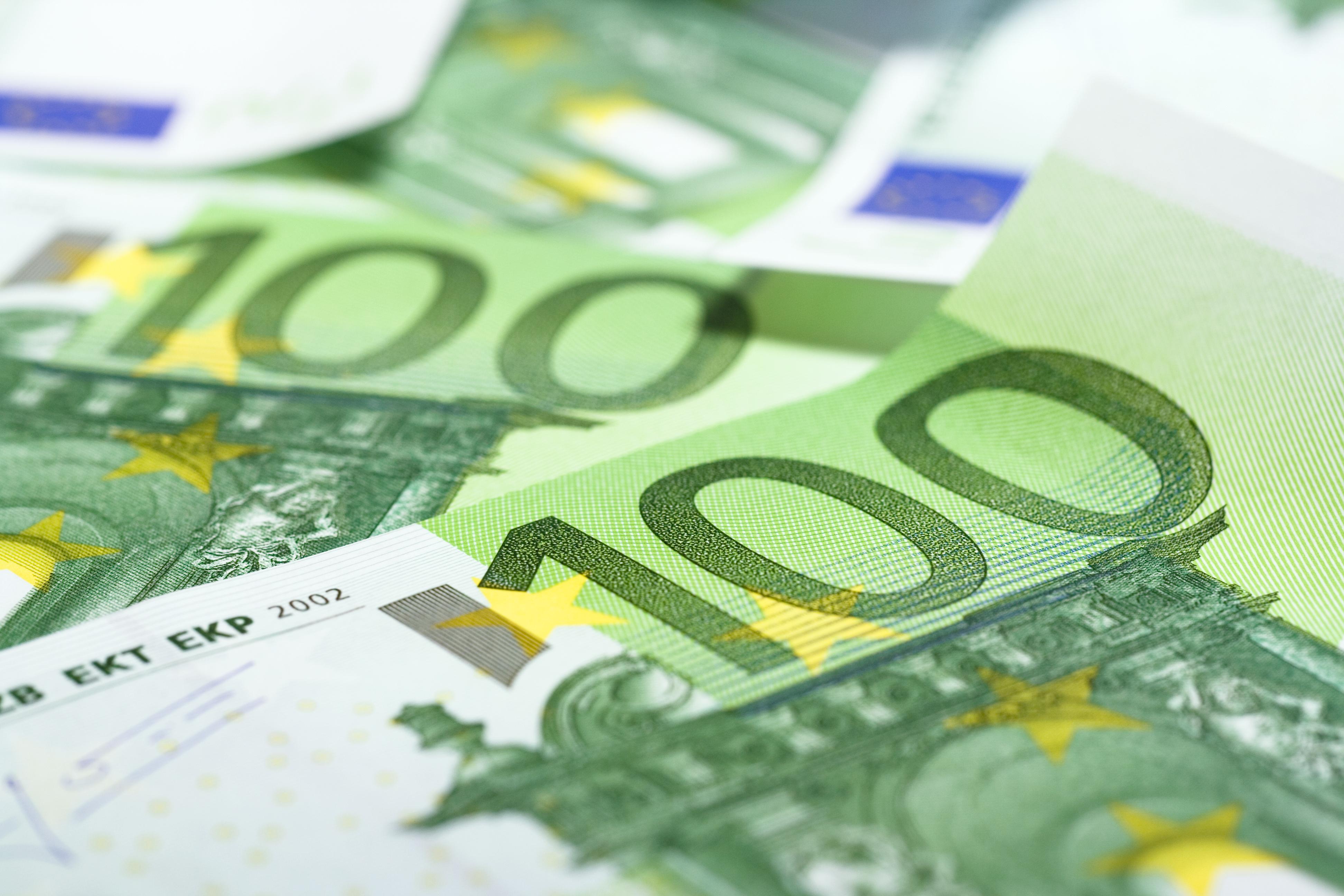 Hundred euros photo
