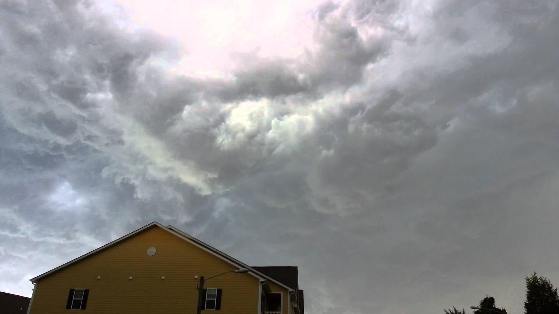 Hurricane forming in Mebane North Carolina - YouTube