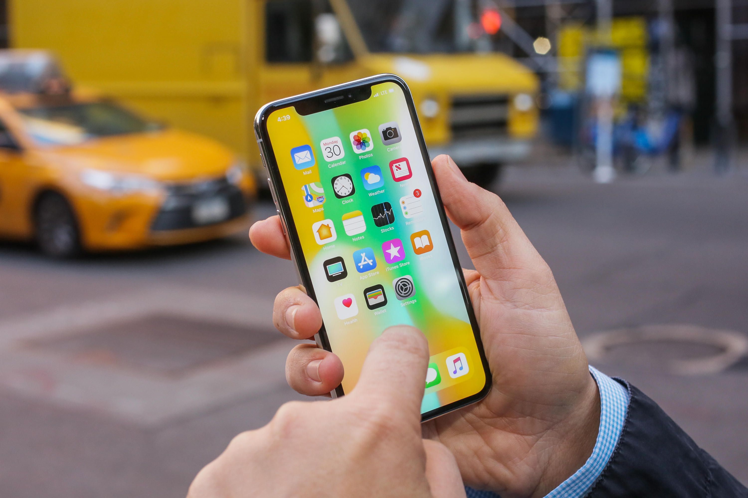 iPhone X review: Still the best iPhone, but its successor is ...
